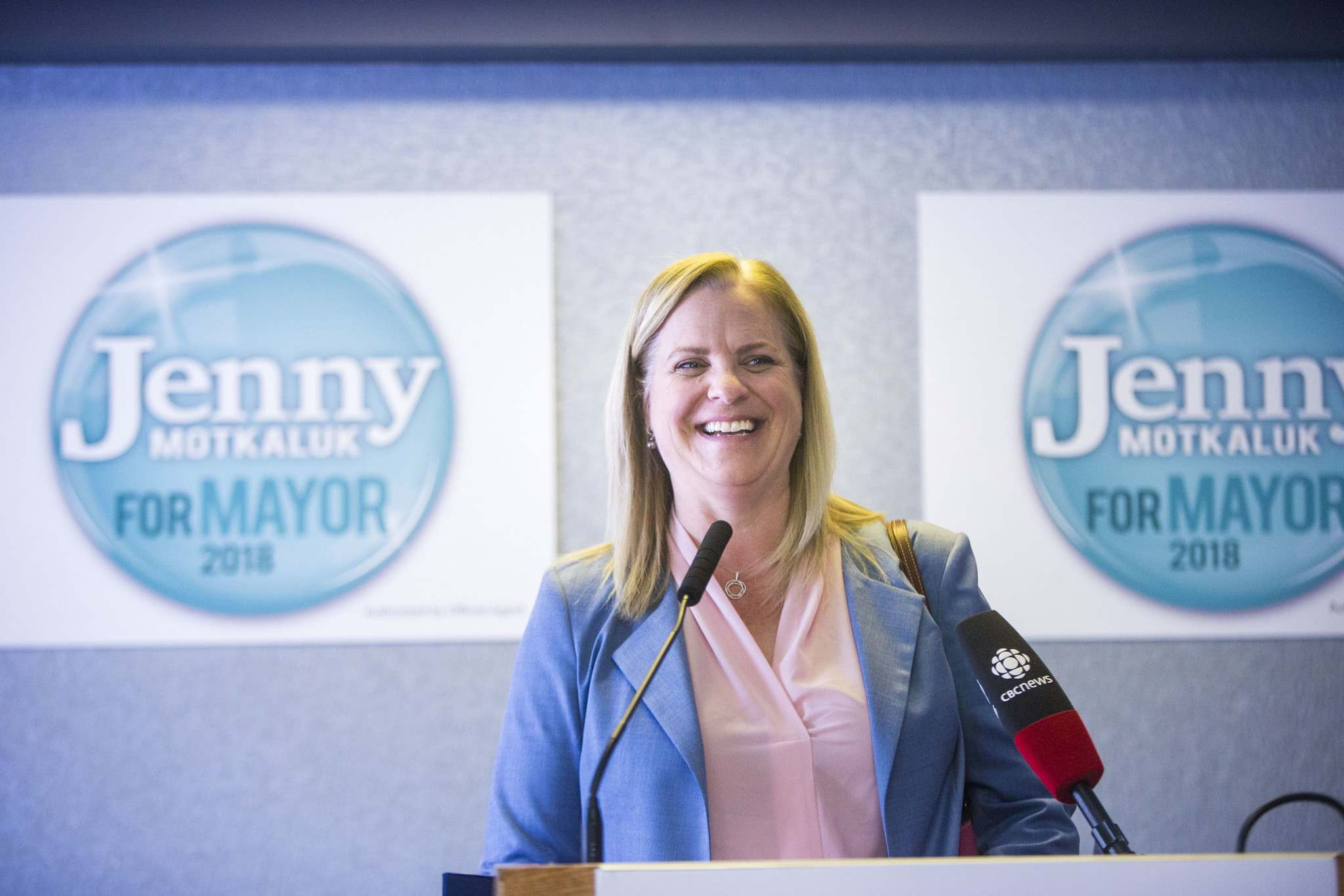 Jenny Motkaluk says that when the idea of running for mayor first came up over the winter, she and her husband focused on the extensive network of political strategists, organizers and fundraisers that they counted among their friends and acquaintances. (Mikaela Mackenzie / Free Press files)