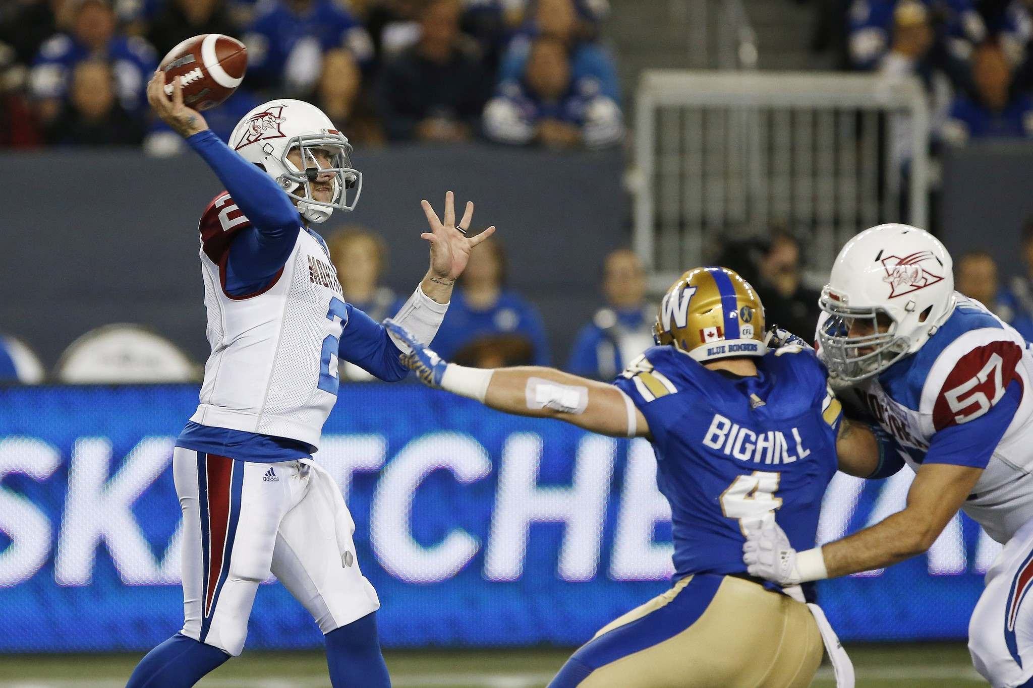 Montreal Alouettes quarterback Johnny Manziel might not understand the kind of velocity he has to put on certain passes on a CFL-sized field. (John Woods / The Canadian Press)</p></p>