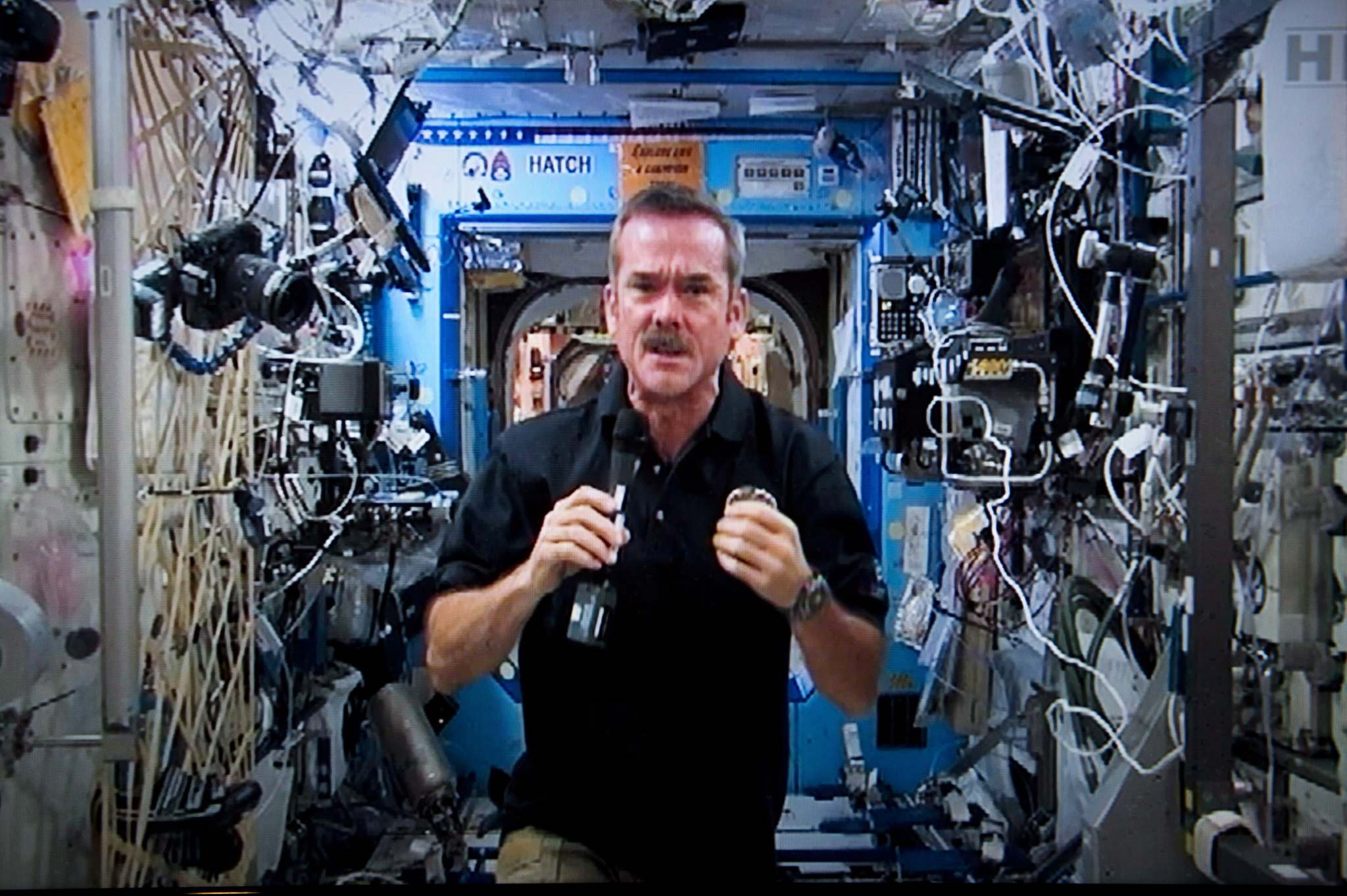Paul Chiasson / THE CANADIAN PRESS FILES</p><p>Canadian astronaut Chris Hadfield speaks to media from the International Space Station in 2013. The health impacts of weightlessness are similar to those found in people who are inactive here on the ground.</p>