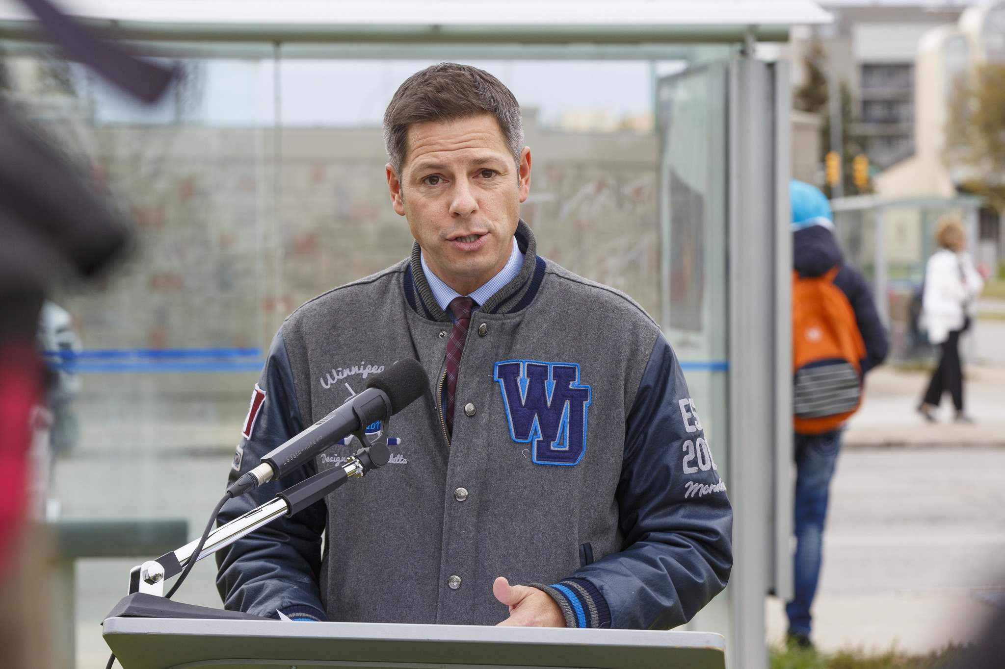 Mayor Brian Bowman promised to introduce a low-income bus pass, but didn't have any details on how much the program would cost. (Mike Deal / Winnipeg Free Press)</p>