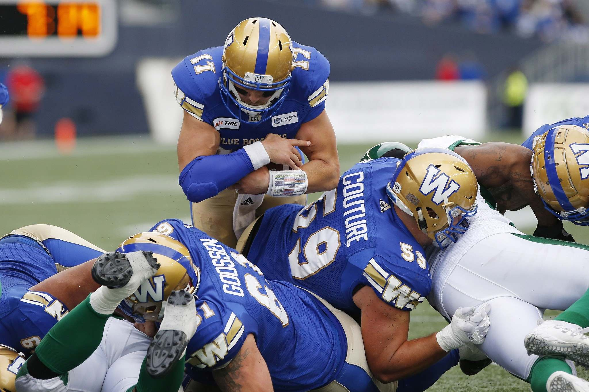 John Woods / THE CANADIAN PRESS FILES</p><p>Winnipeg Blue Bombers quarterback Chris Streveler goes up and over the line of scrimmage for a touchdown against the Saskatchewan Roughriders in the Banjo Bowl in September.</p>