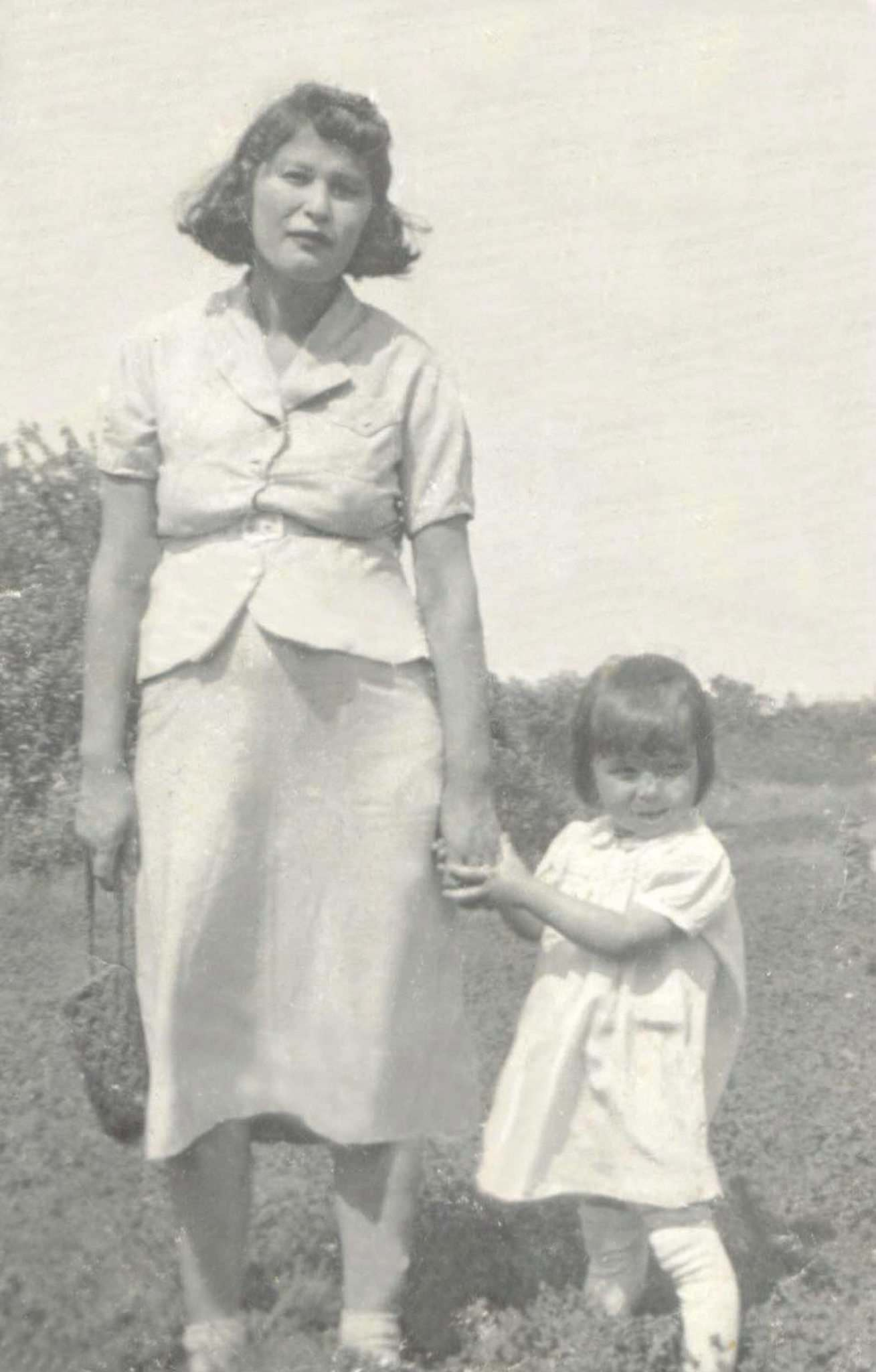 Darrell Sais / supplied photo</p><p>Elise Sais and her daughter Mary in Rooster Town circa 1940.</p></p>