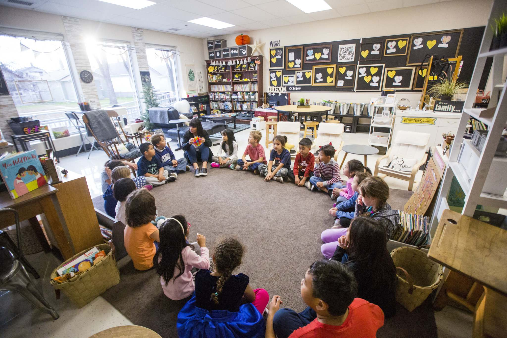 Sargent Park teacher Sue Macfarlane Penner guides students through a mindfulness exercise.</p>