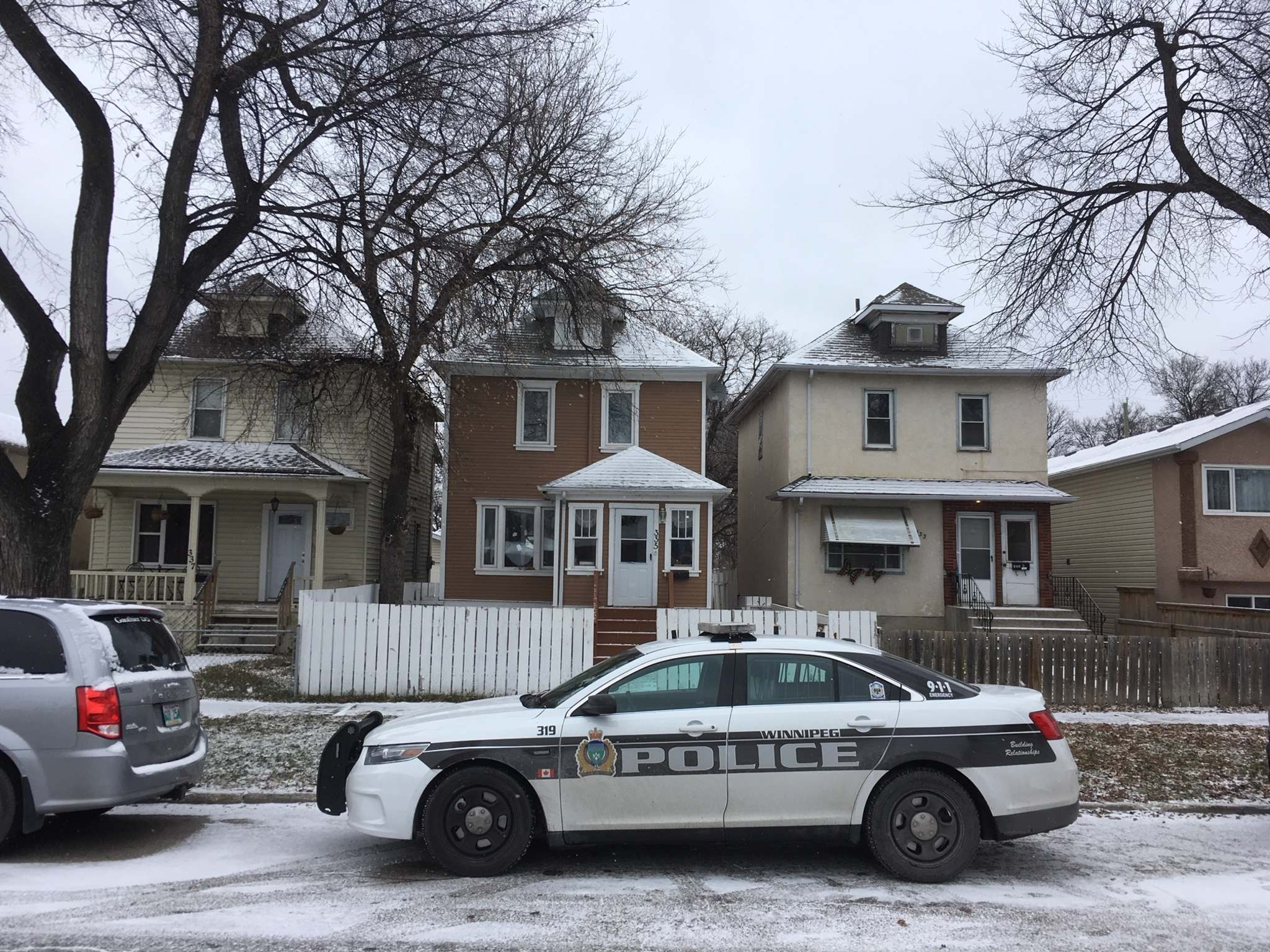 Police reported a serious incident Wednesday morning in the North End, but had the undisclosed situation under control by 10:40 a.m. (Ruth Bonneville / Winnipeg Free Press)</p>