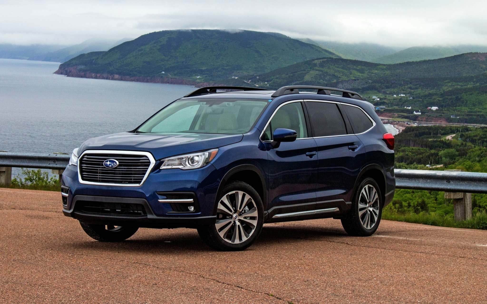 SubaruThe Subaru Ascent also finished in the top 3 of 2019 midsize SUVs.