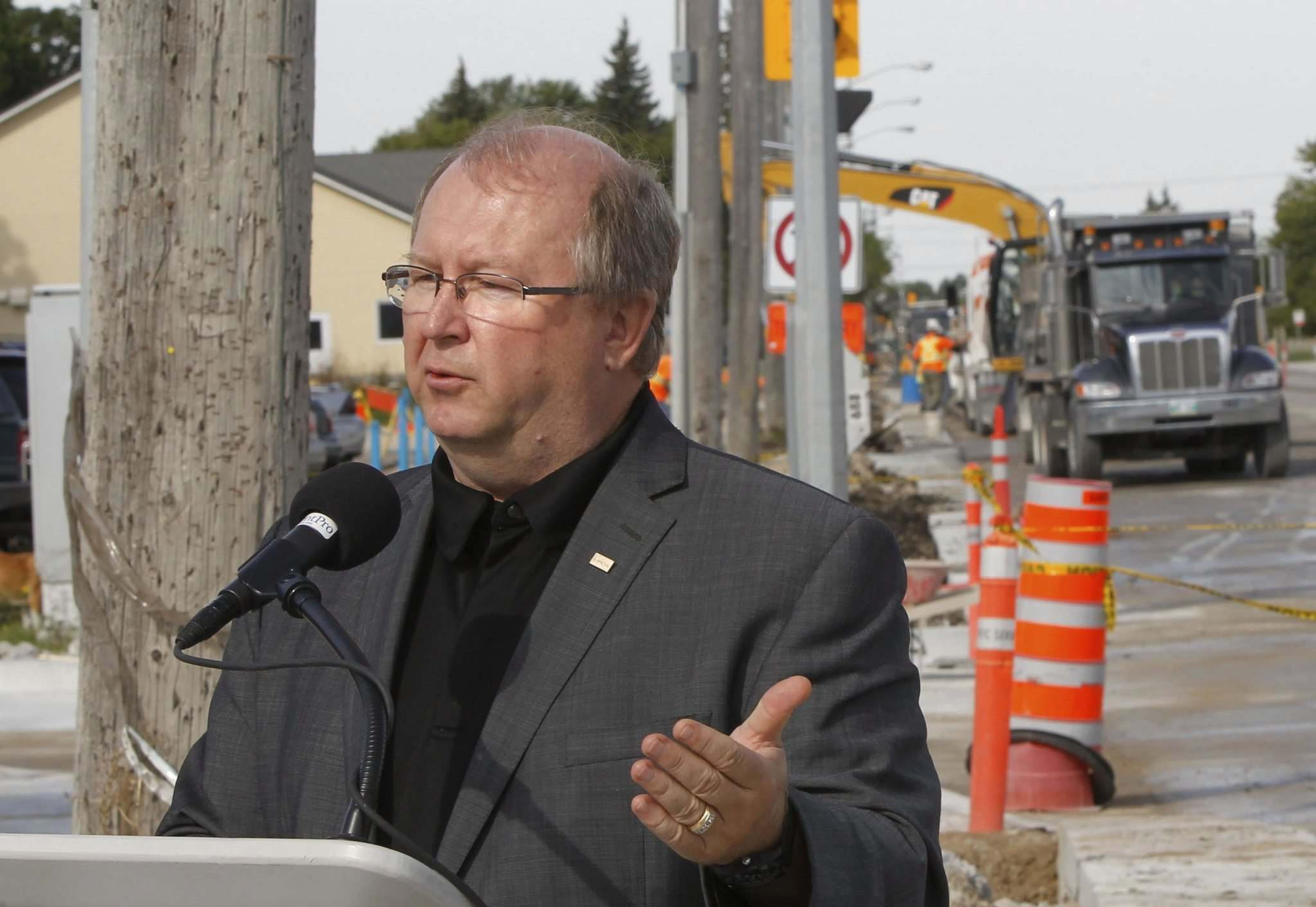 WAYNE GLOWACKI / WINNIPEG FREE PRESS FILES</p><p>Manitoba Heavy Construction Association president Chris Lorenc says government cuts undermine Manitoba's growth and competitiveness.</p>