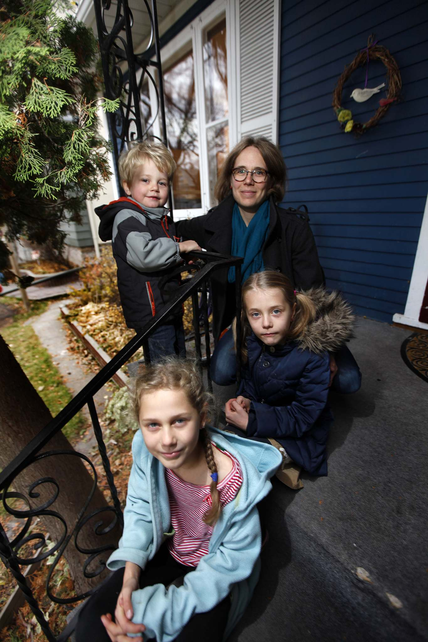 Katharina Nuss has started a petition urging Families Minister Heather Stefanson to tell CFS to back off and allow free-range parenting. She's shown with her children, nine-year-old Frieda (bottom), seven-year-old Johanna and Raphael, 3. (Winnipeg Free Press files)</p>