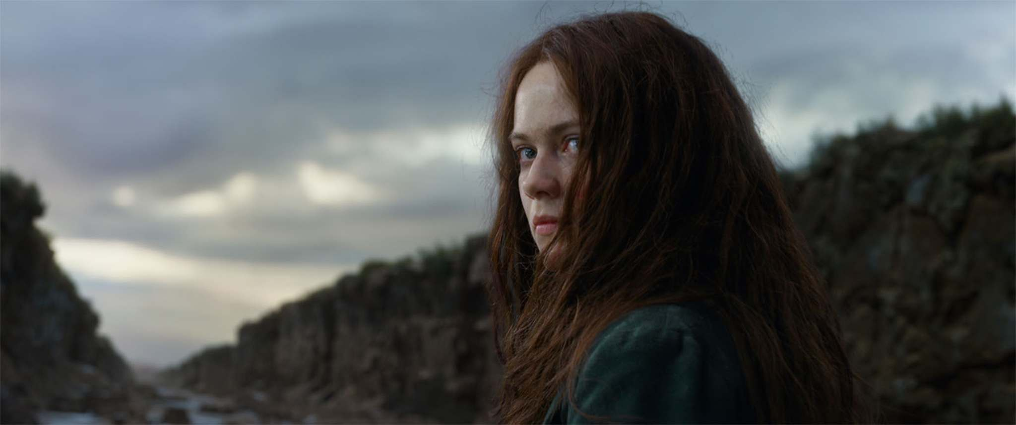 "The post-apocalyptic young adult fantasy flick Mortal Engines rolls into and out of one's consciousness like ""traction cities"" that roam its landscape. (Universal Pictures)</p>"