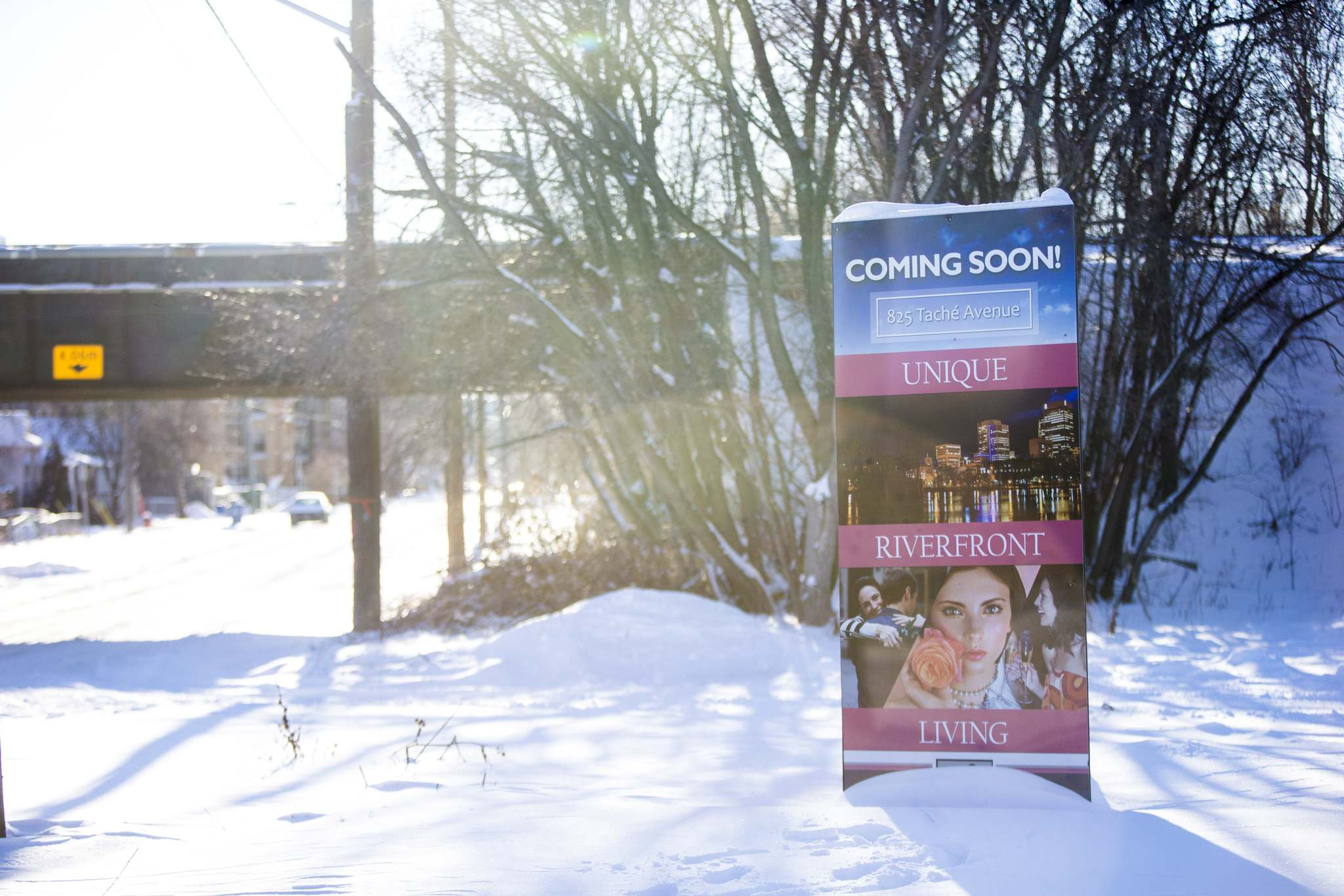 MIKAELA MACKENZIE / WINNIPEG FREE PRESS</p><p>One St. Boniface resident is questioning whether the buffer zone for a Tache condo project is adequate.</p>