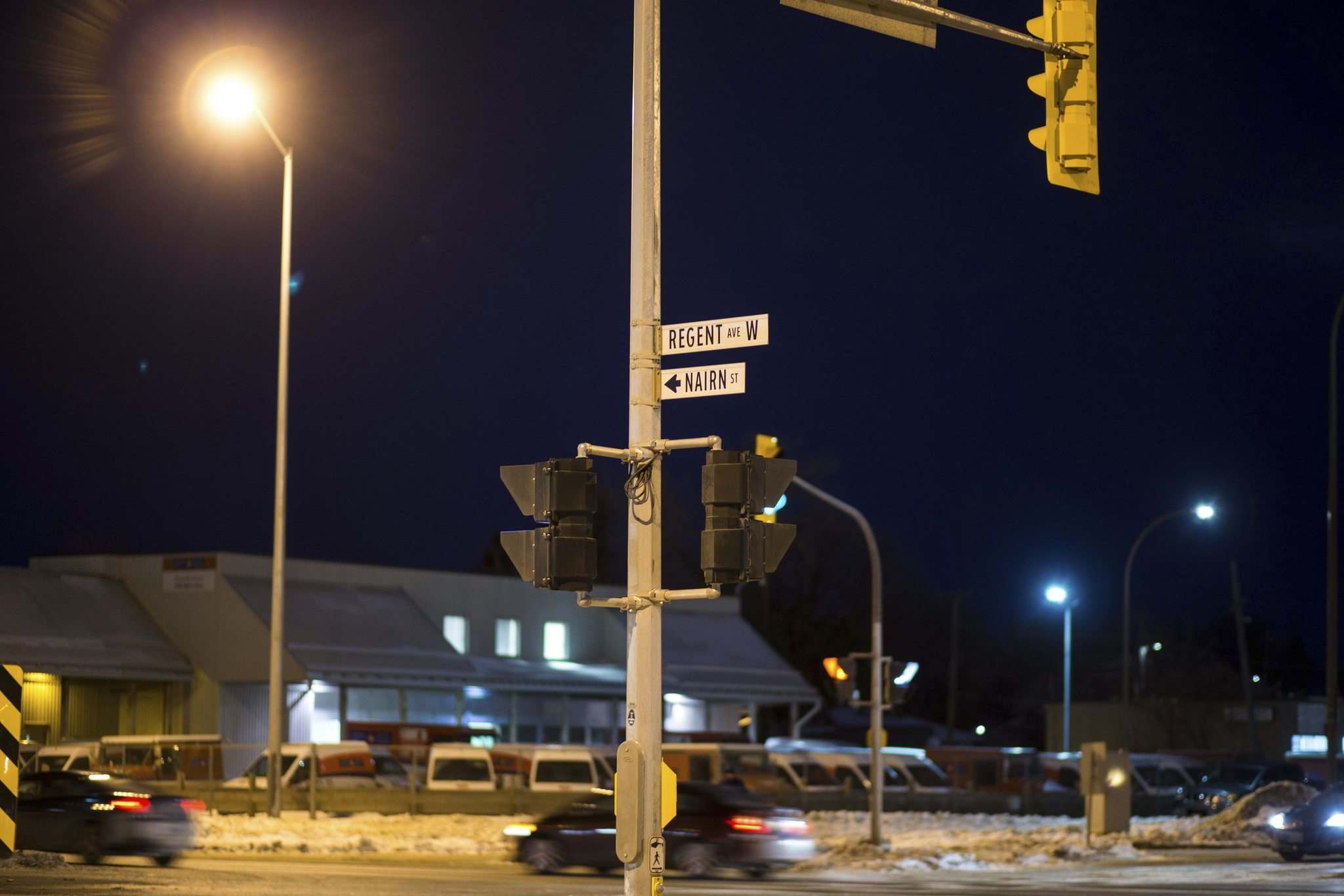 MIKAELA MACKENZIE / WINNIPEG FREE PRESS FILES</p><p>Police shut down the intersection of Panet Road and Nairn Avenue on Thursday to create a containment block with their vehicles during a high-speed pursuit. Three suspects were taken into custody; one was treated for gunshot wounds. The Independent Investigation Unit is investigating the shooting.</p>