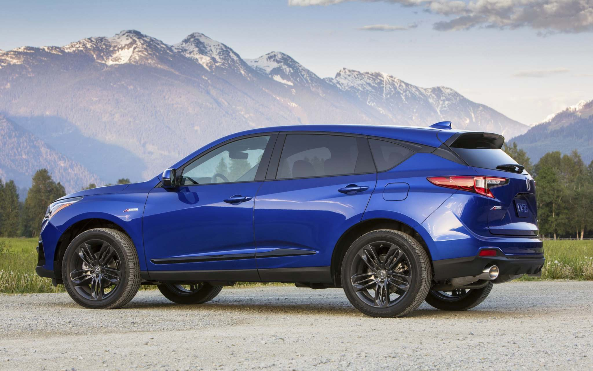 The new RDX manages to check off all of the important boxes for its class. (LC Media photos)