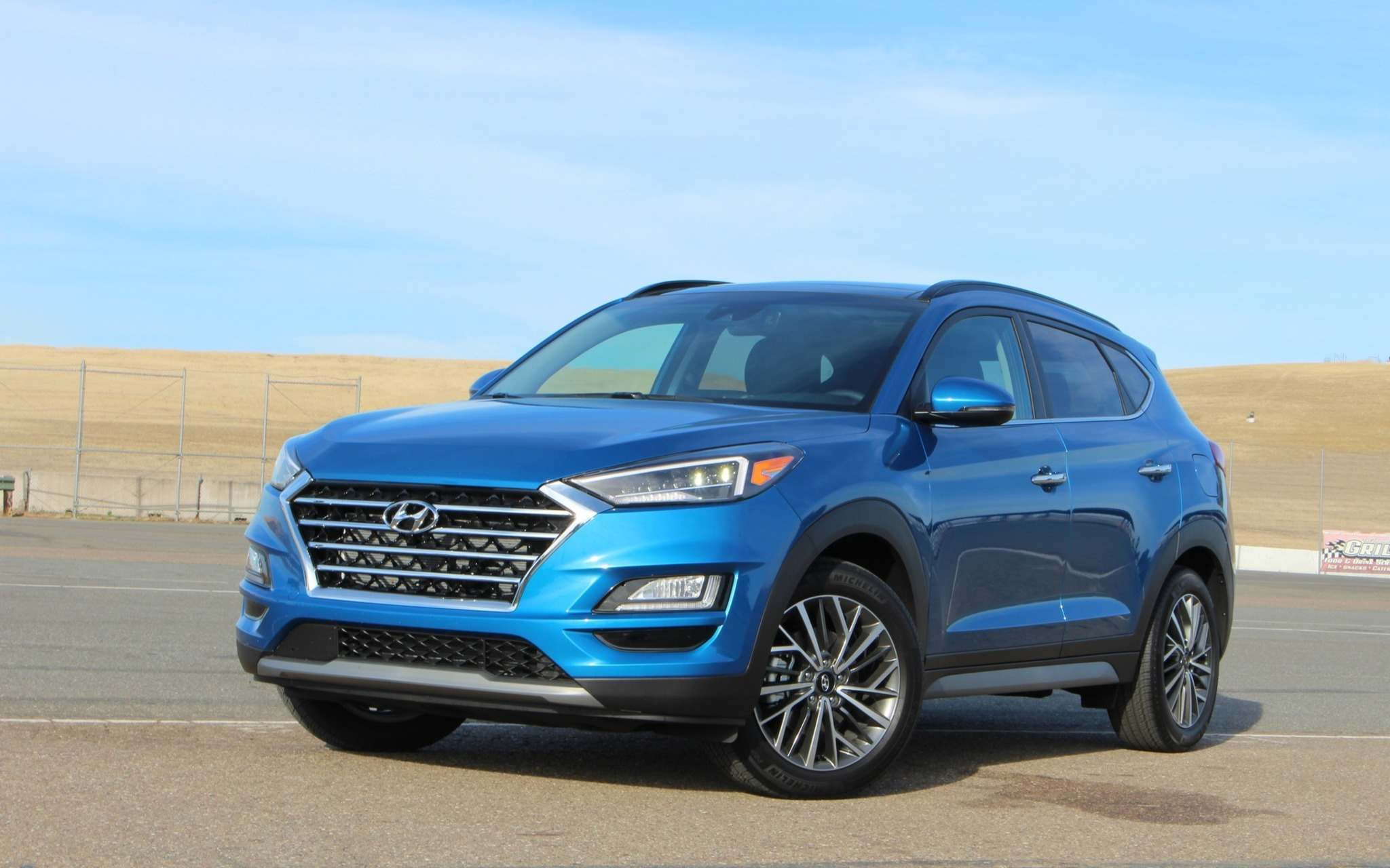 Michel Deslauriers / LC MediaThe latest generation of the Hyundai Tucson was released for the 2016 model year in Canada. It has just received a host of improvements, in addition to some mild cosmetic changes, in order to remain competitive in the compact SUV market.