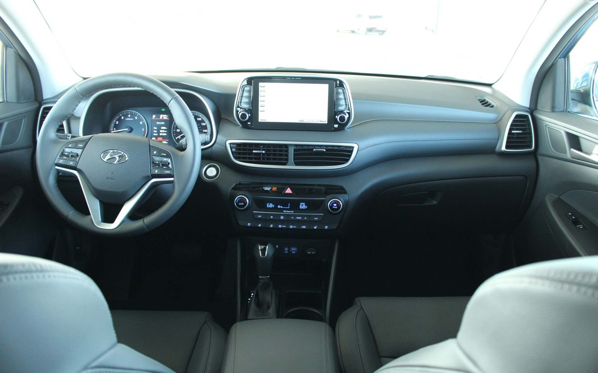 Michel Deslauriers / LC MediaThe 2019 Tucson benefits from a redesigned dashboard with a floating infotainment touchscreen — now 18 centimetres in diameter.