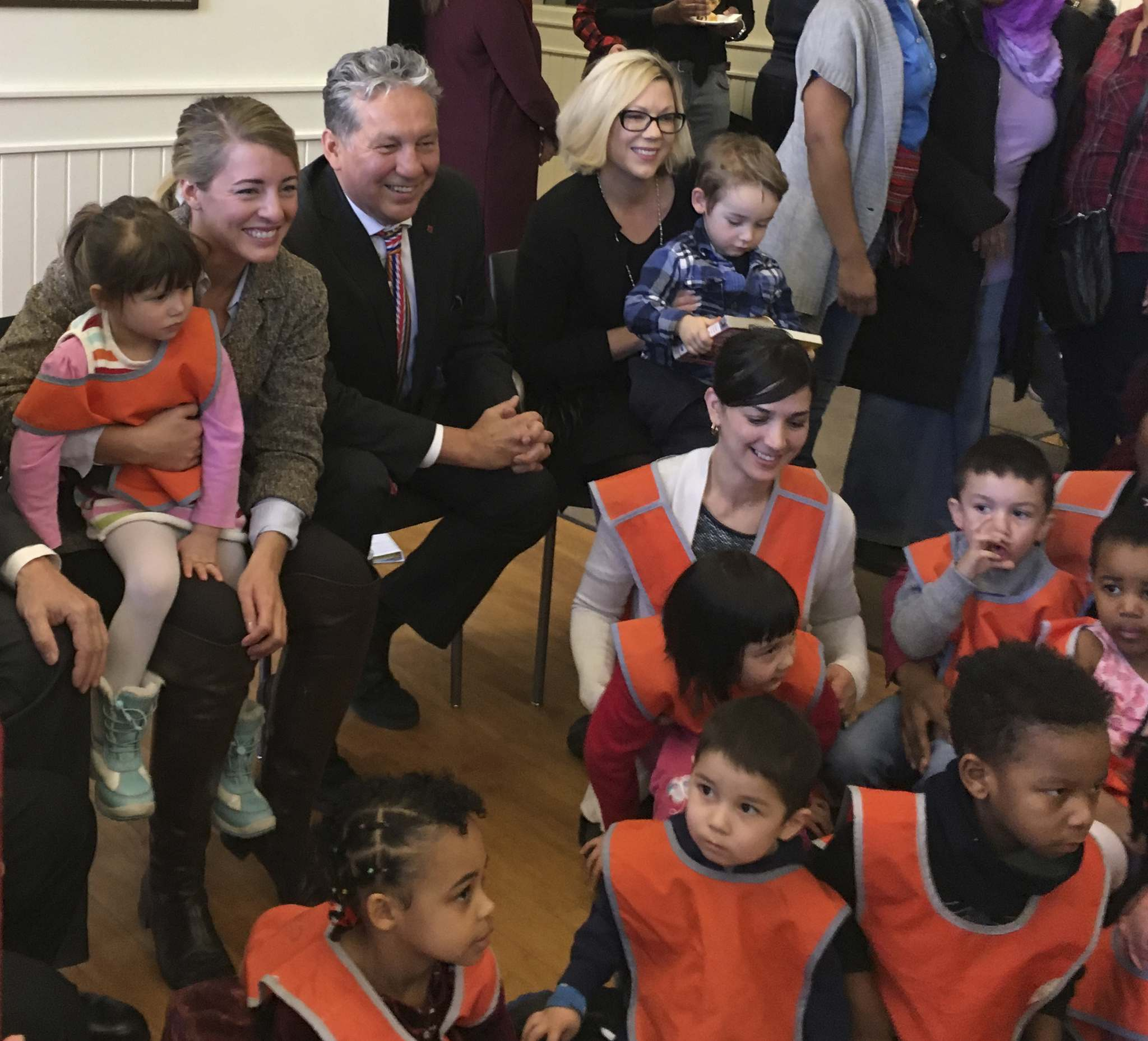 CAROL SANDERS / WINNIPEG FREE PRESS</p><p>From left, Minister of Tourism, Official Languages and La Francophonie M&#233;lanie Joly, MP Dan Vandal (St. Boniface-St. Vital) and Manitoba Minister for Francophone Affairs Rochelle Squires with children and daycare workers during an annoucement of a new daycare at the Universit&#233; de Saint-Boniface.</p>