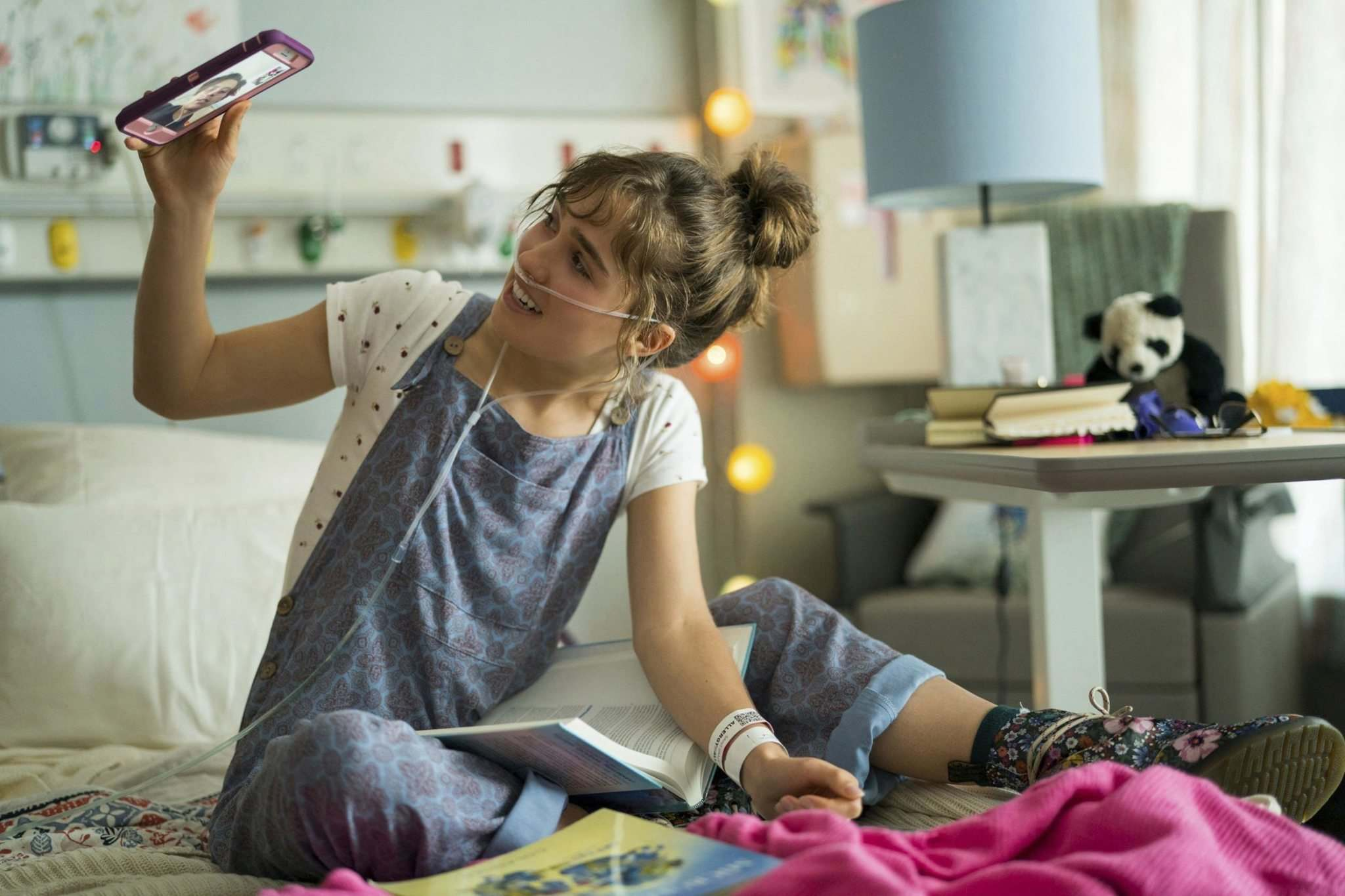Haley Lu Richardson plays Stella, who has cystic fibrosis, which is dealt with in a realistic way. (Eone)
