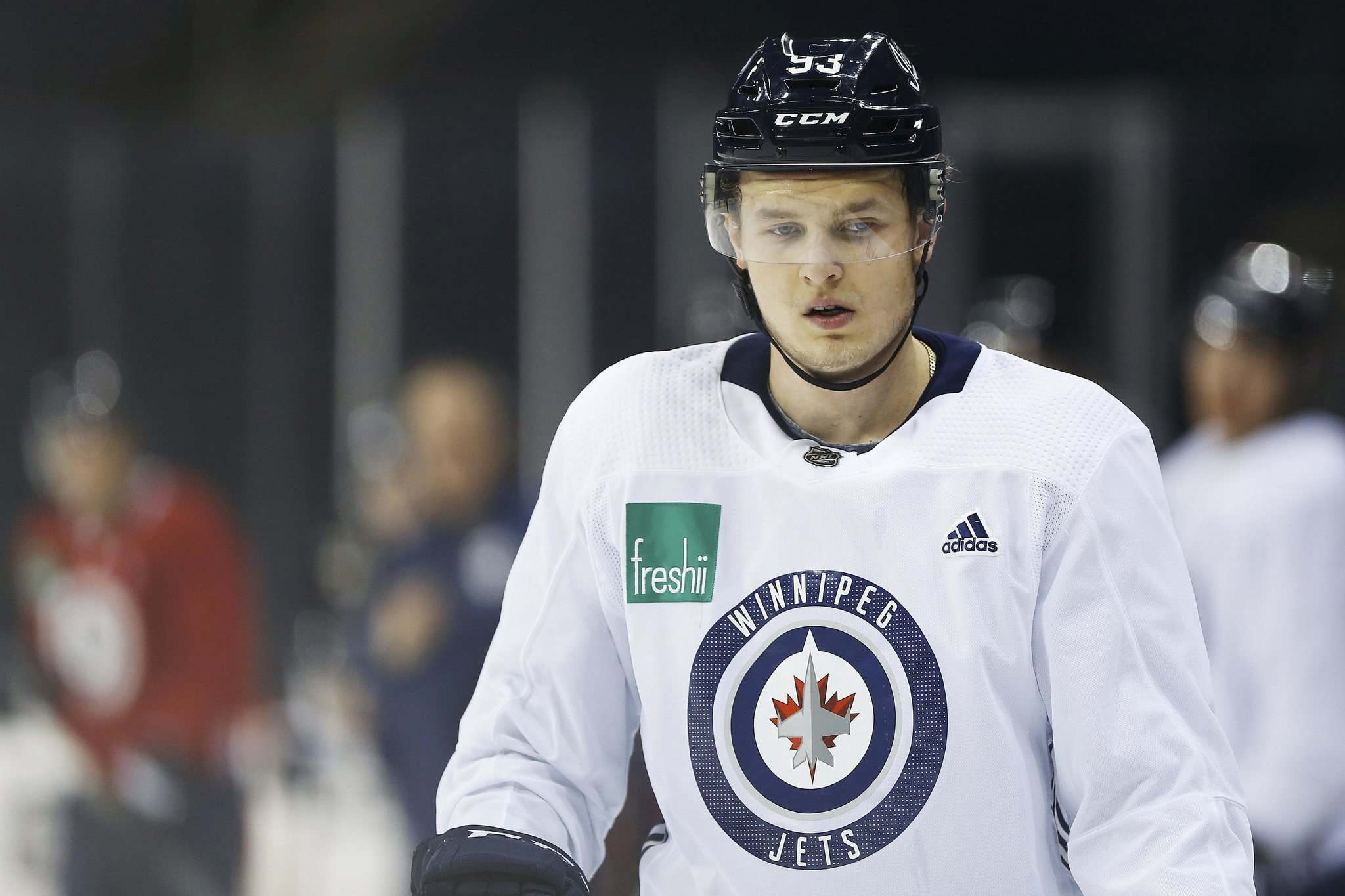 JOHN WOODS / WINNIPEG FREE PRESS FILES</p><p>Winnipeg Jets' Kristian Vesalainen (returned to the Moose after a stint with the Kontinental Hockey League and was greeted by a 4-1 loss to the San Diego Gulls on Sunday.</p>