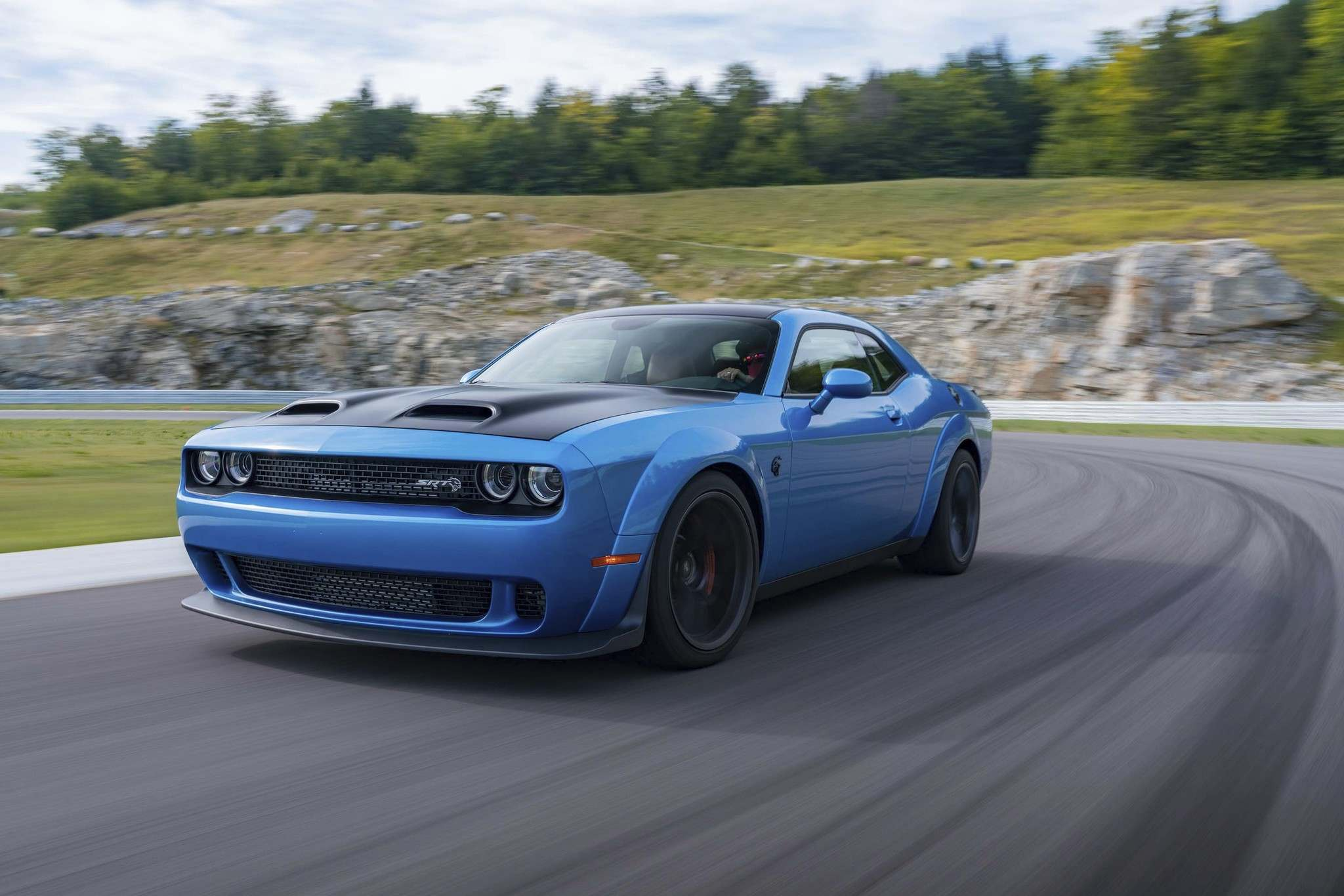 Automotive News :: High-powered Hellcat Redeye engine a model of innovation