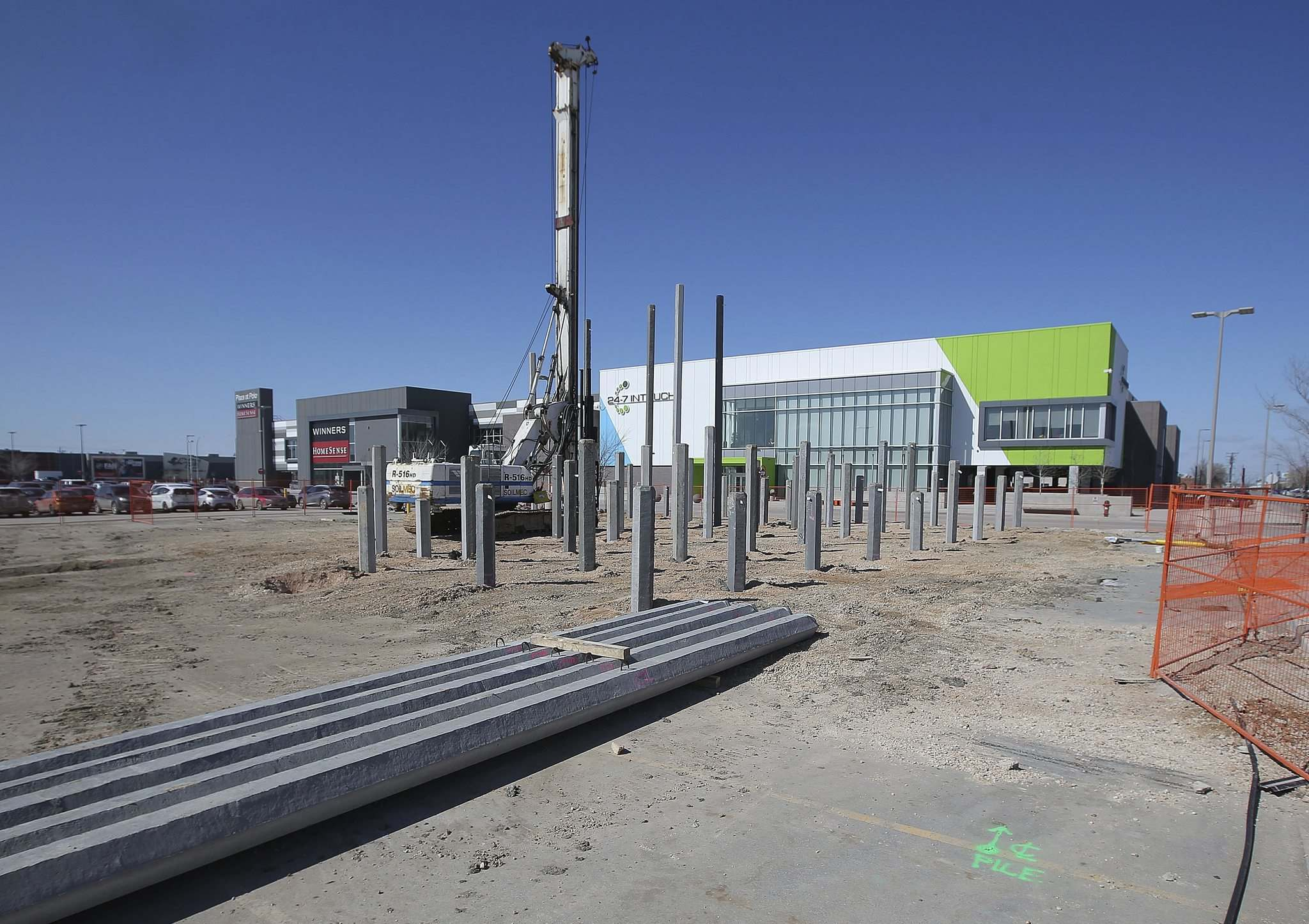 The building site for the proposed P.F. Chang's restaurant, south of 24-7 Intouch Winnipeg and Winners/Homesense. (Jason Halstead / Winnipeg Free Press)