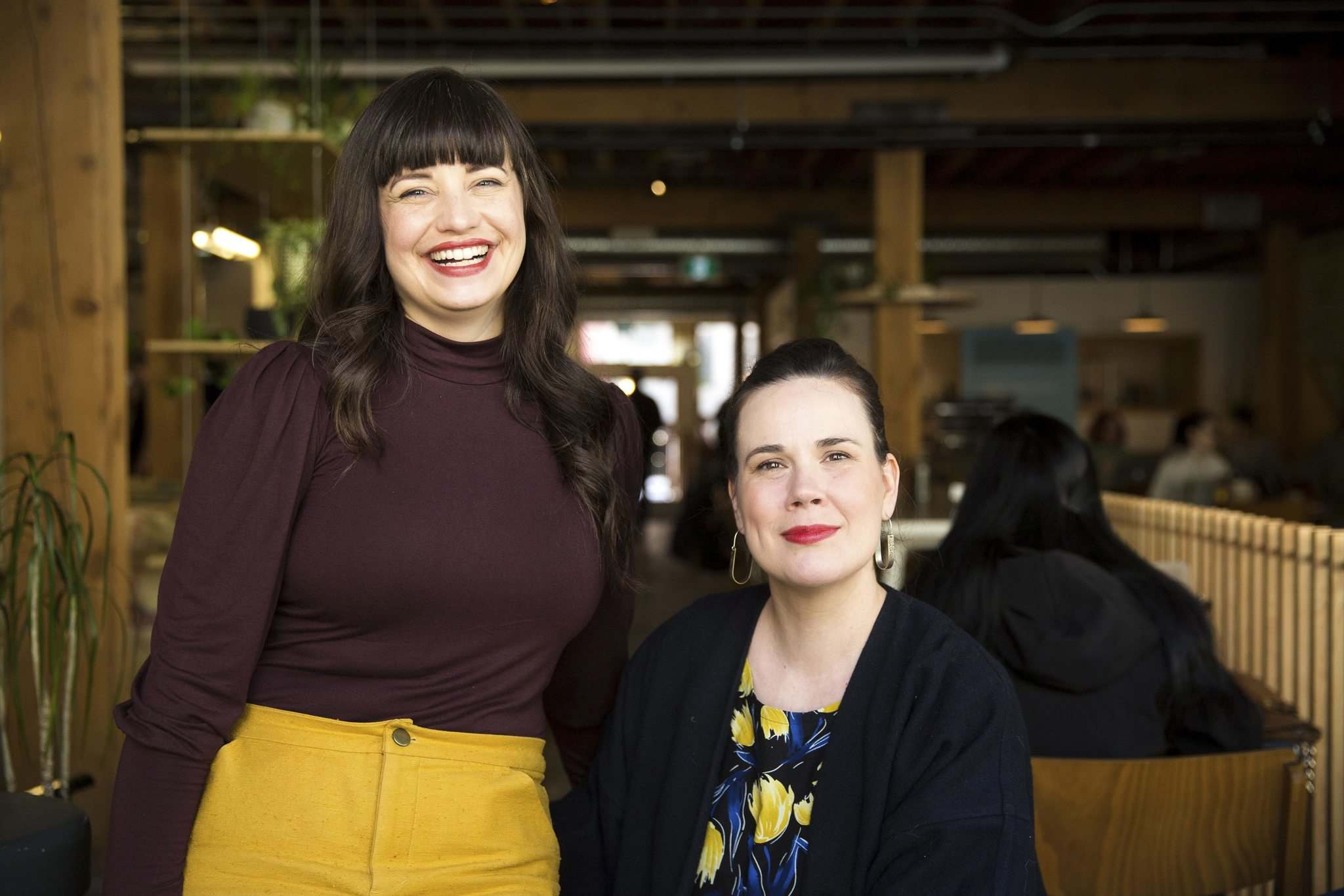 MIKAELA MACKENZIE/WINNIPEG FREE PRESS</p><p>Elise Epp (left) and Katherine Magne are co-organizers of the Winnipeg Fashion Revolution Week.</p></p>