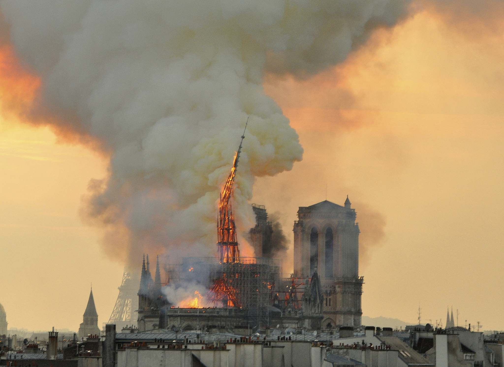 Inferno in 12th-century Paris cathedral momentarily stops time, delivers sobering message in disposable, replaceable world