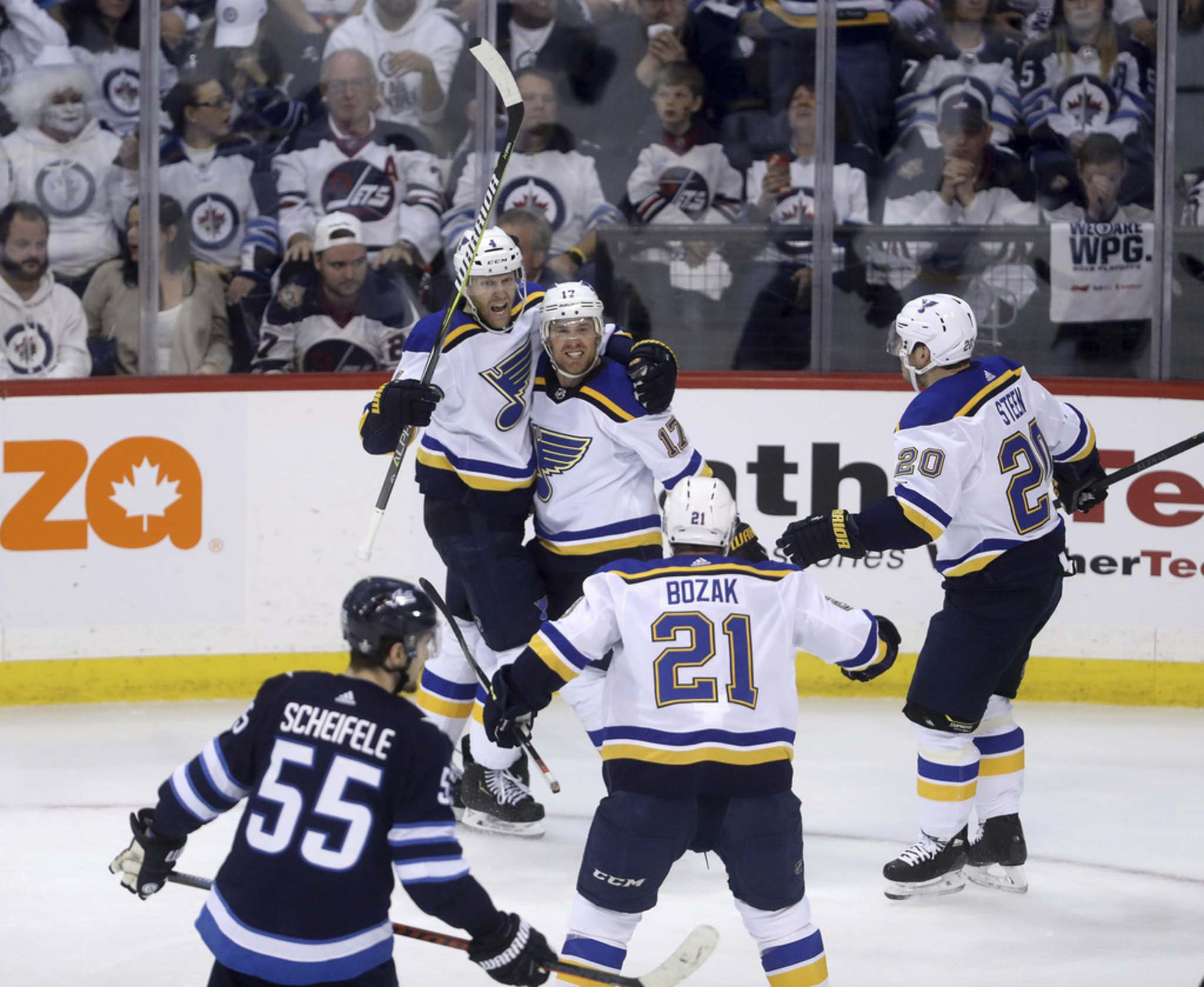 Blues stun Jets with late goals to get third win in Winnipeg