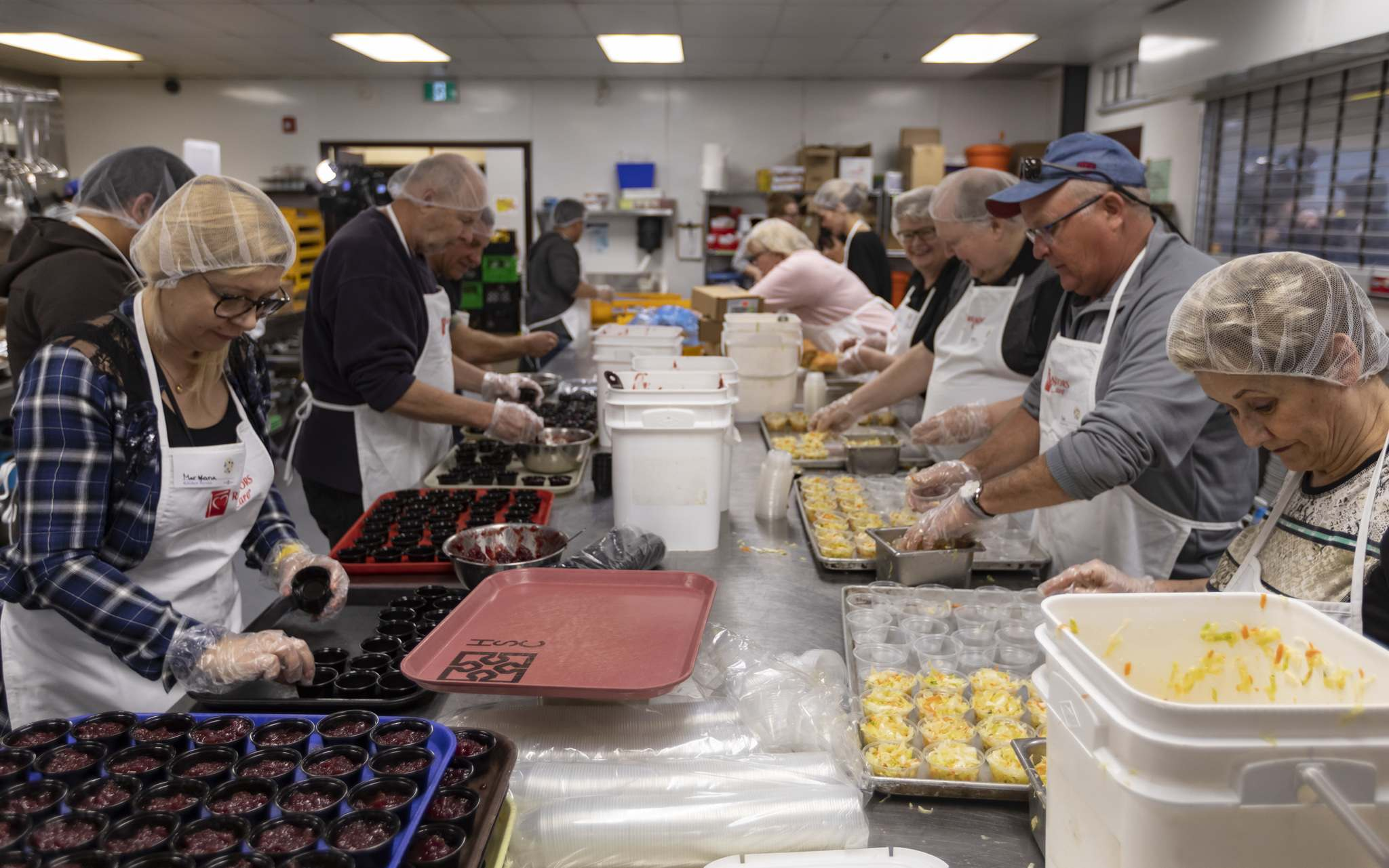Volunteers at Siloam Mission's annual Easter lunch were preparred to serve 1,000 people.