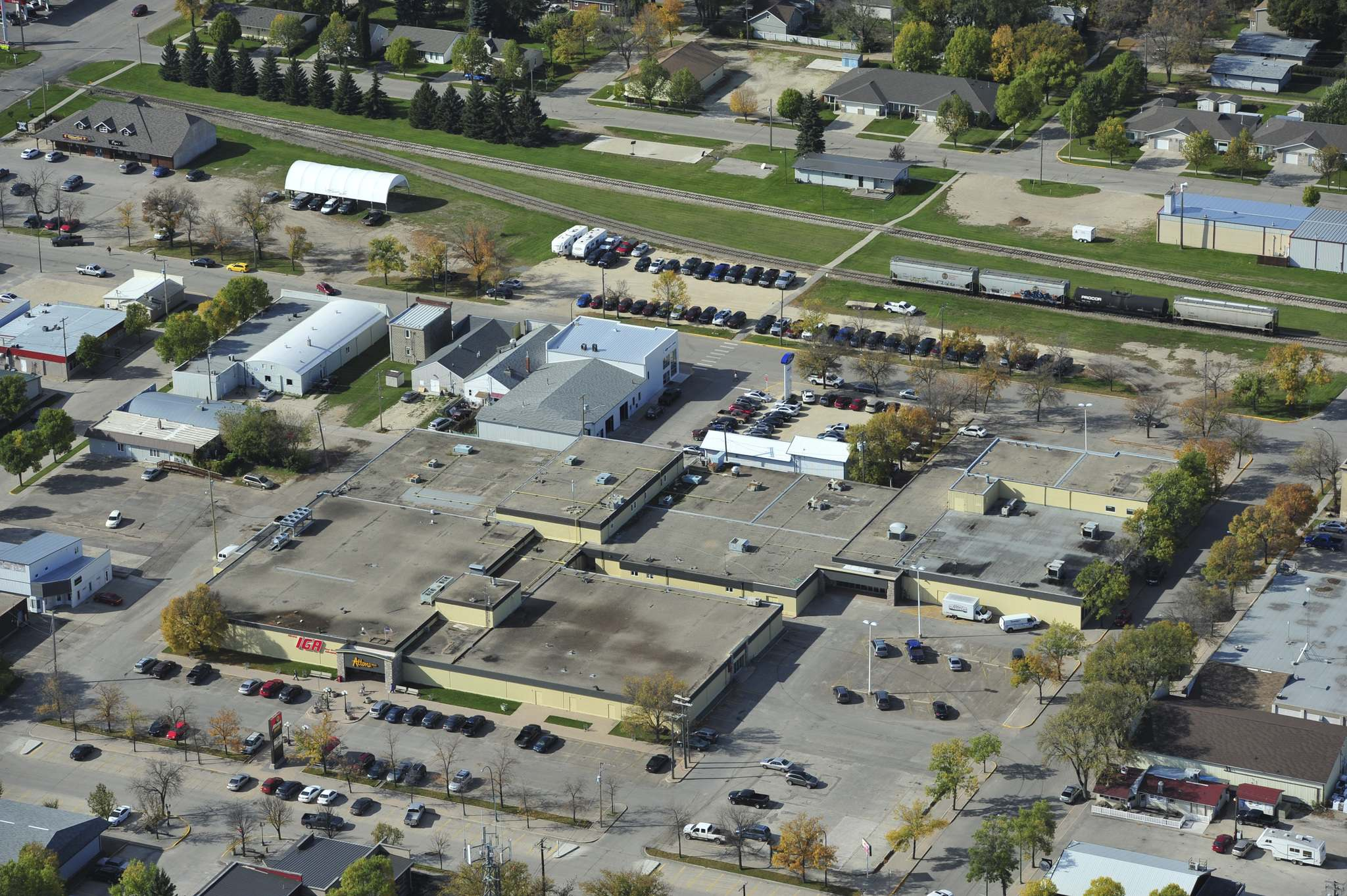 <p>Altona, a town of 4,200 people, is home to Altona Mall which claims to be the oldest mall in rural Manitoba.</p>