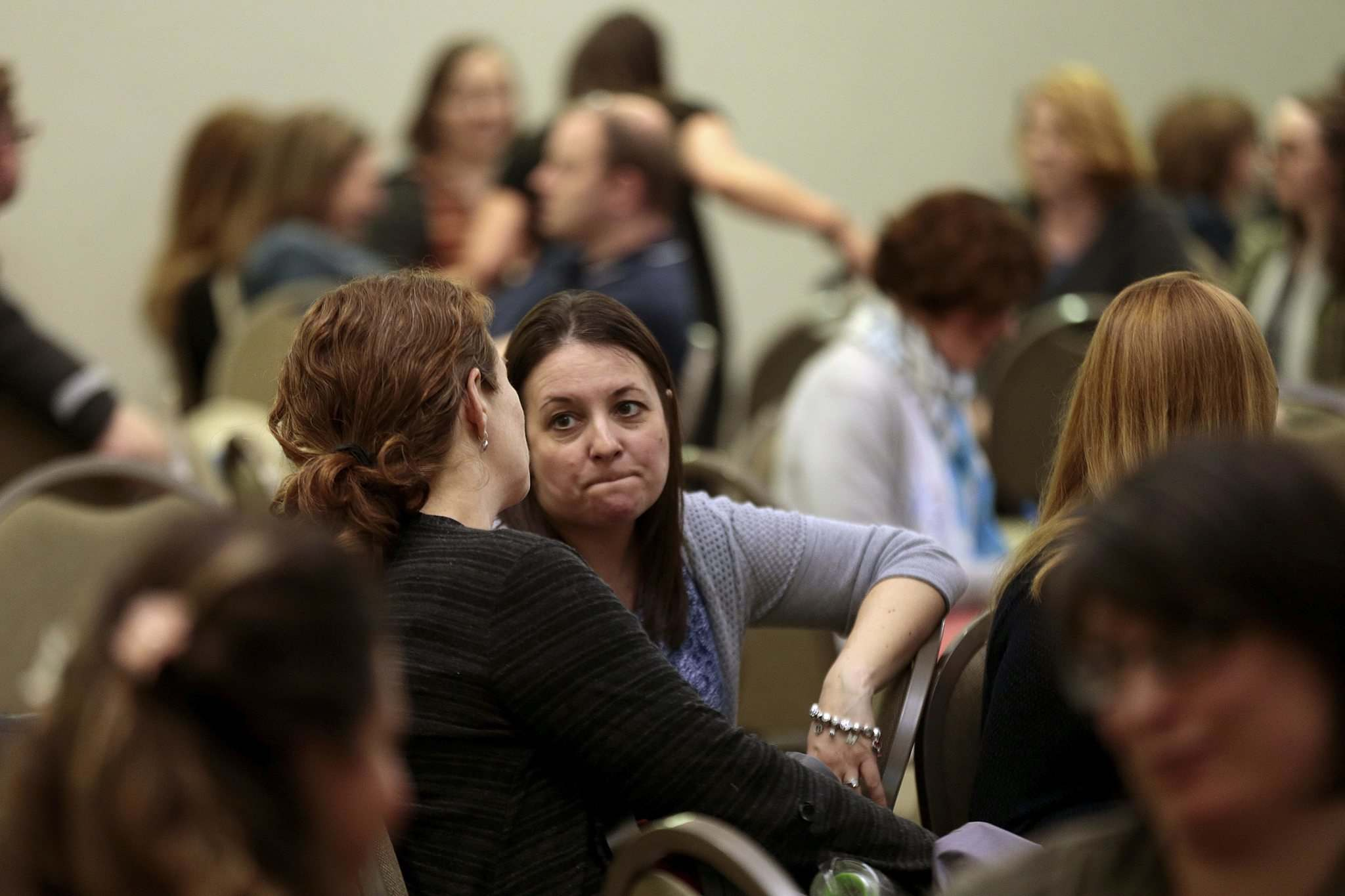 PHIL HOSSACK / WINNIPEG FREE PRESS</p><p>Members of the public attend a meeting about the K-12 education review Wednesday.</p>