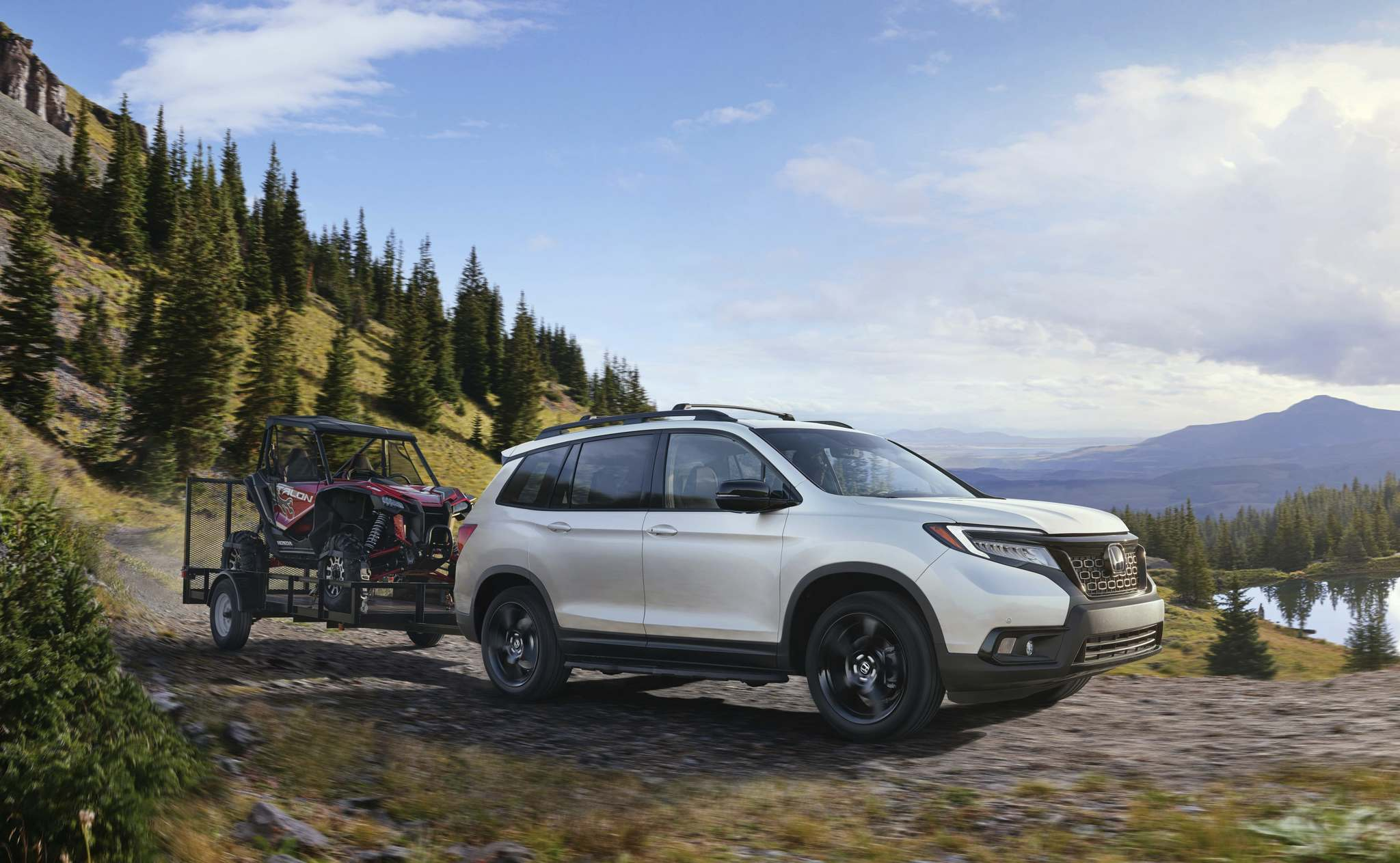 Honda photosThe 2019 Honda Passport is powered by a 3.5-litre V-6 engine, mated to a nine-speed automatic transmission, that delivers a smooth ride with plenty of power on tap.