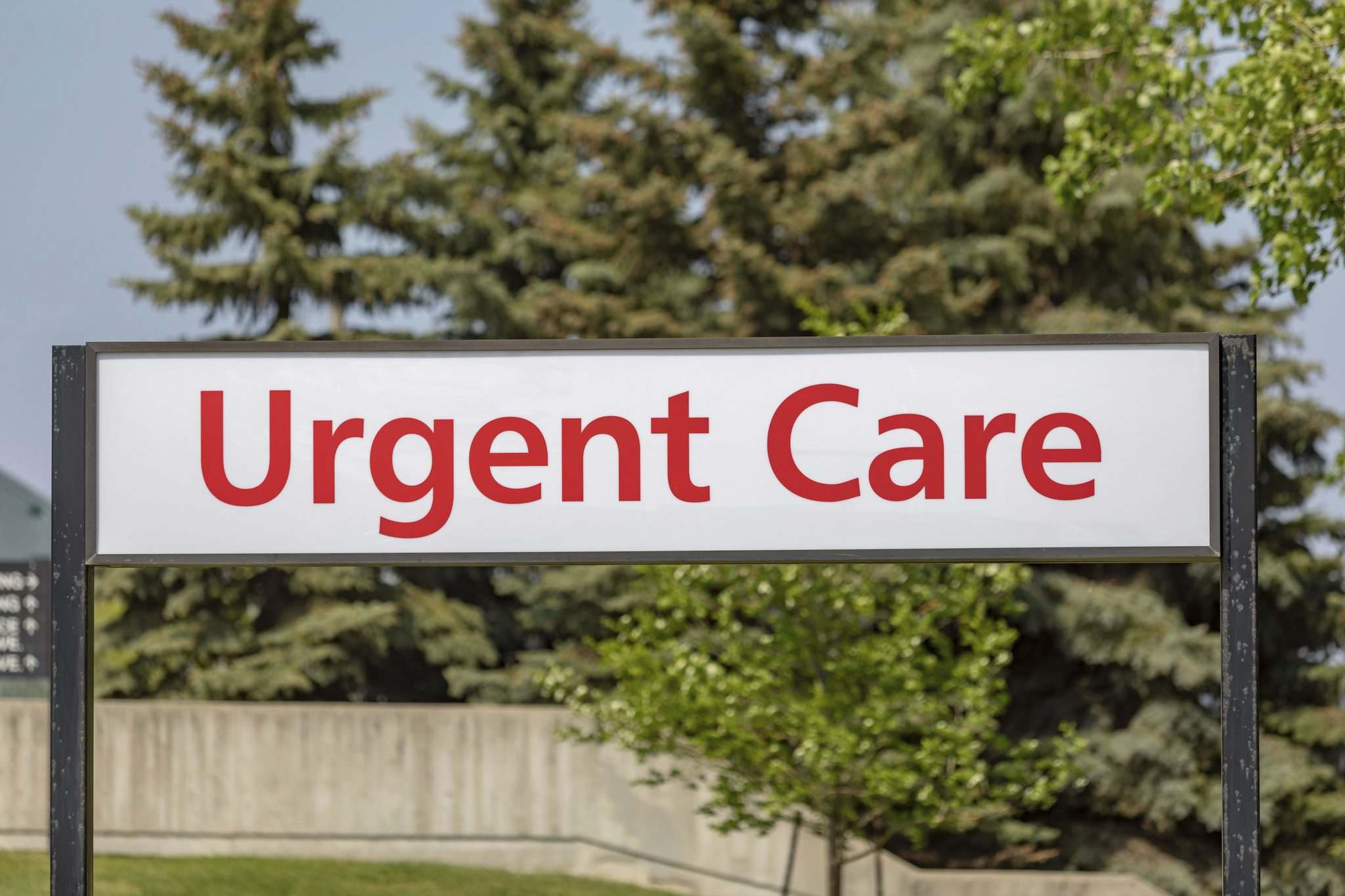The 'Emergency' sign in front of Concordia Hospital is gone, replaced with 'Urgent Care' after Monday's switchover. (Sasha Sefter / Winnipeg Free Press)</p>