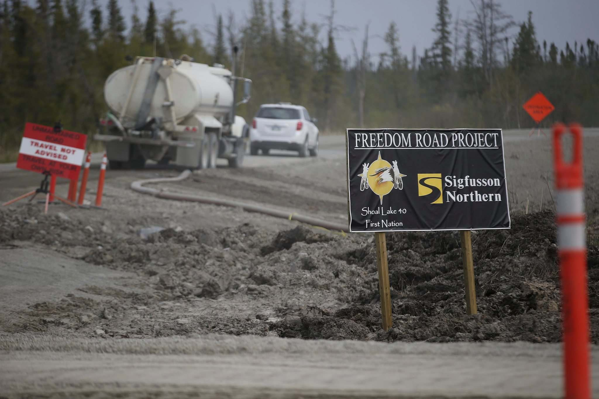 One-quarter of Shoal Lake's population worked on building Freedom Road. (John Woods / The Canadian Press files)