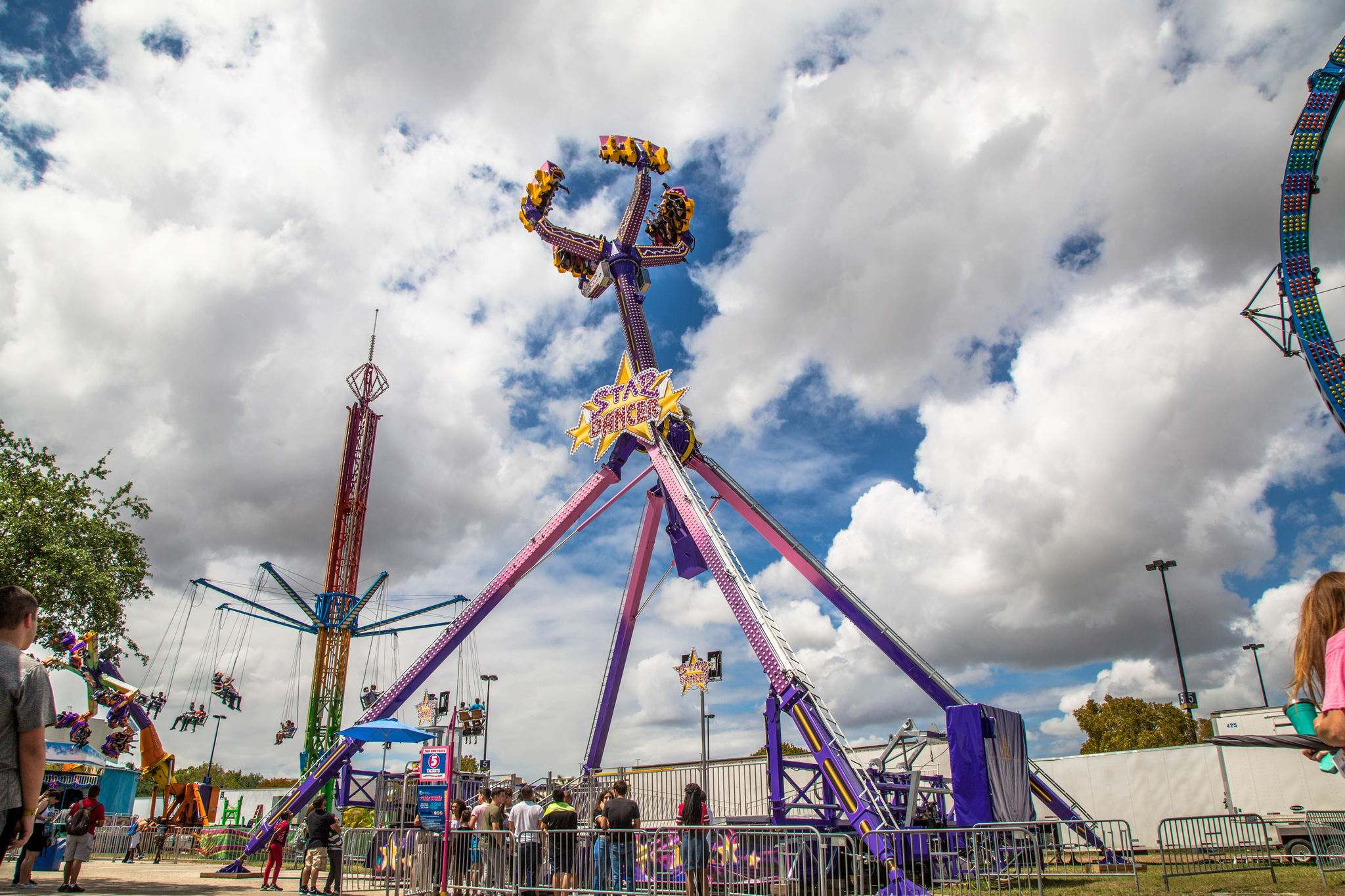 The newest ride is the swinging, twisting and turning Star Dancer. (Red River Exhibition Association)