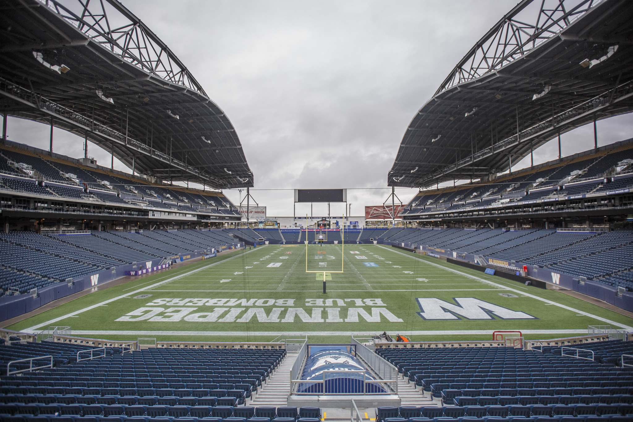 MIKE DEAL / WINNIPEG FREE PRESS FILES</p><p>Winnipeg Mayor Brian Bowman wants city hall to consider ending its ties with the Winnipeg Football Club and the public agency that owns the stadium.</p>