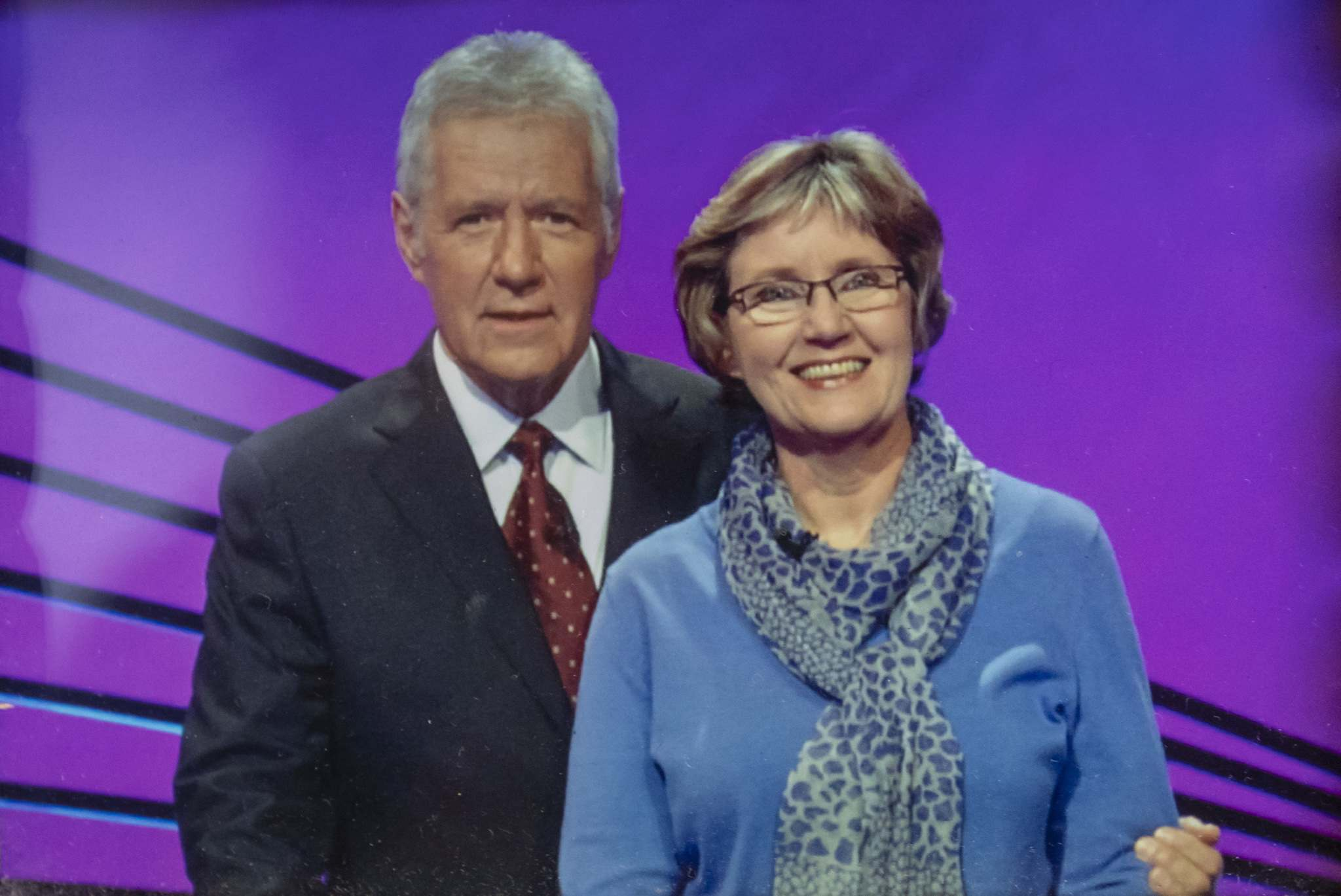 Steadman with Jeopardy! host Alex Trebek.</p>