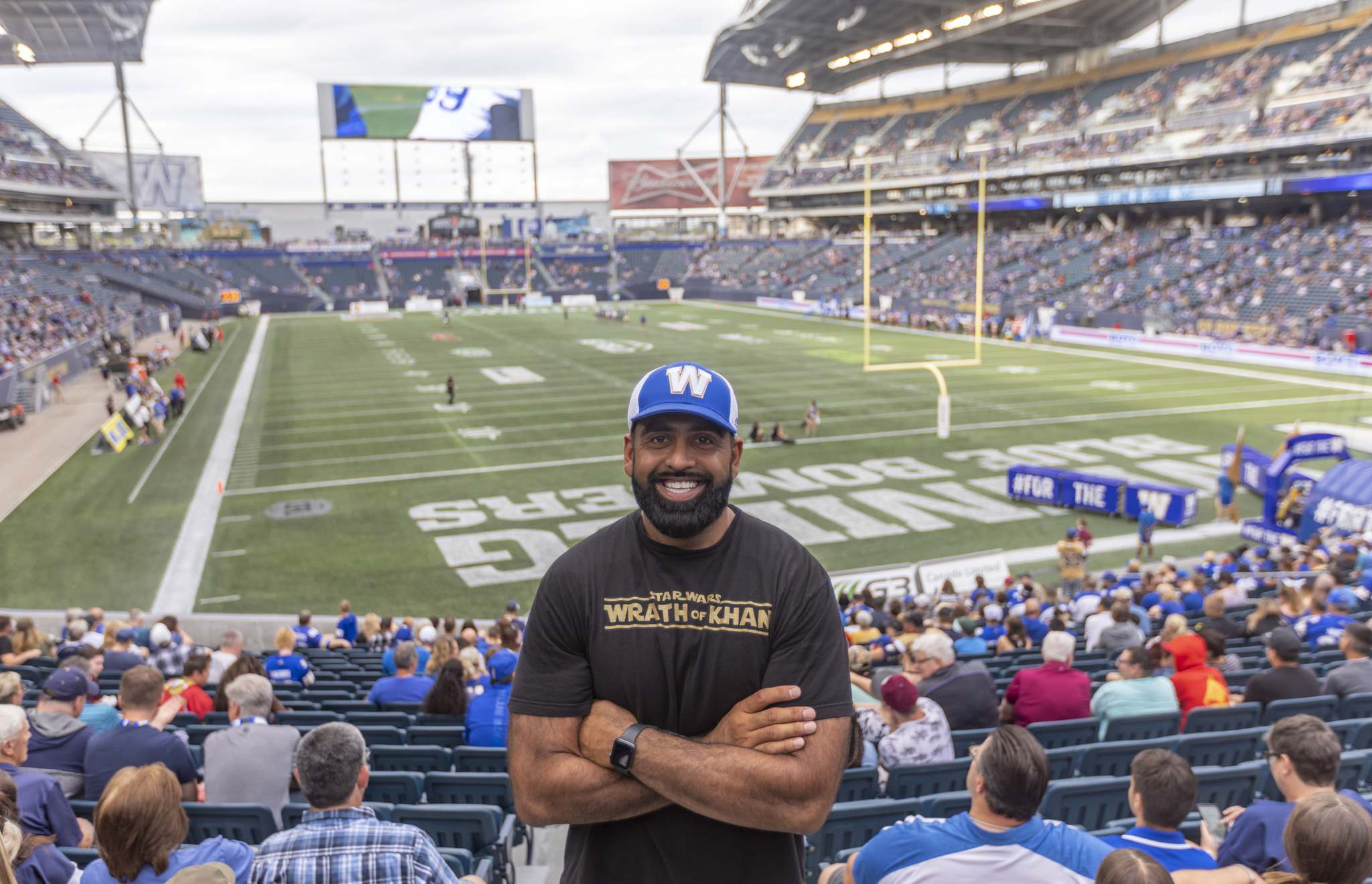 "SASHA SEFTER / WINNIPEG FREE PRESS</p><p>Former Winnipeg Blue Bombers offensive lineman Ibrahim ""Obby"" Khan before kickoff at IG Field.</p>"