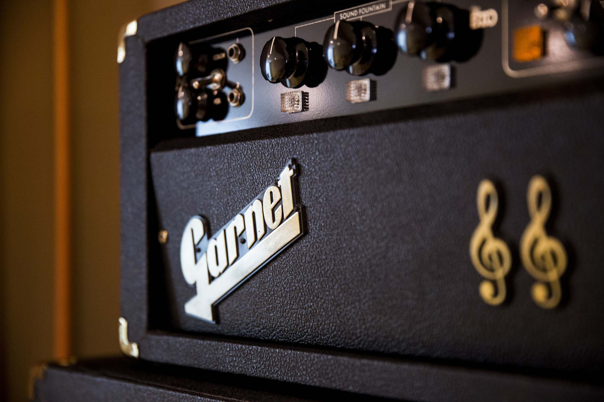 MIKAELA MACKENZIE / WINNIPEG FREE PRESS</p><p>The Garnet amp was built in Winnipeg and gained worldwide recognition when members of the Guess Who used it.</p></p>