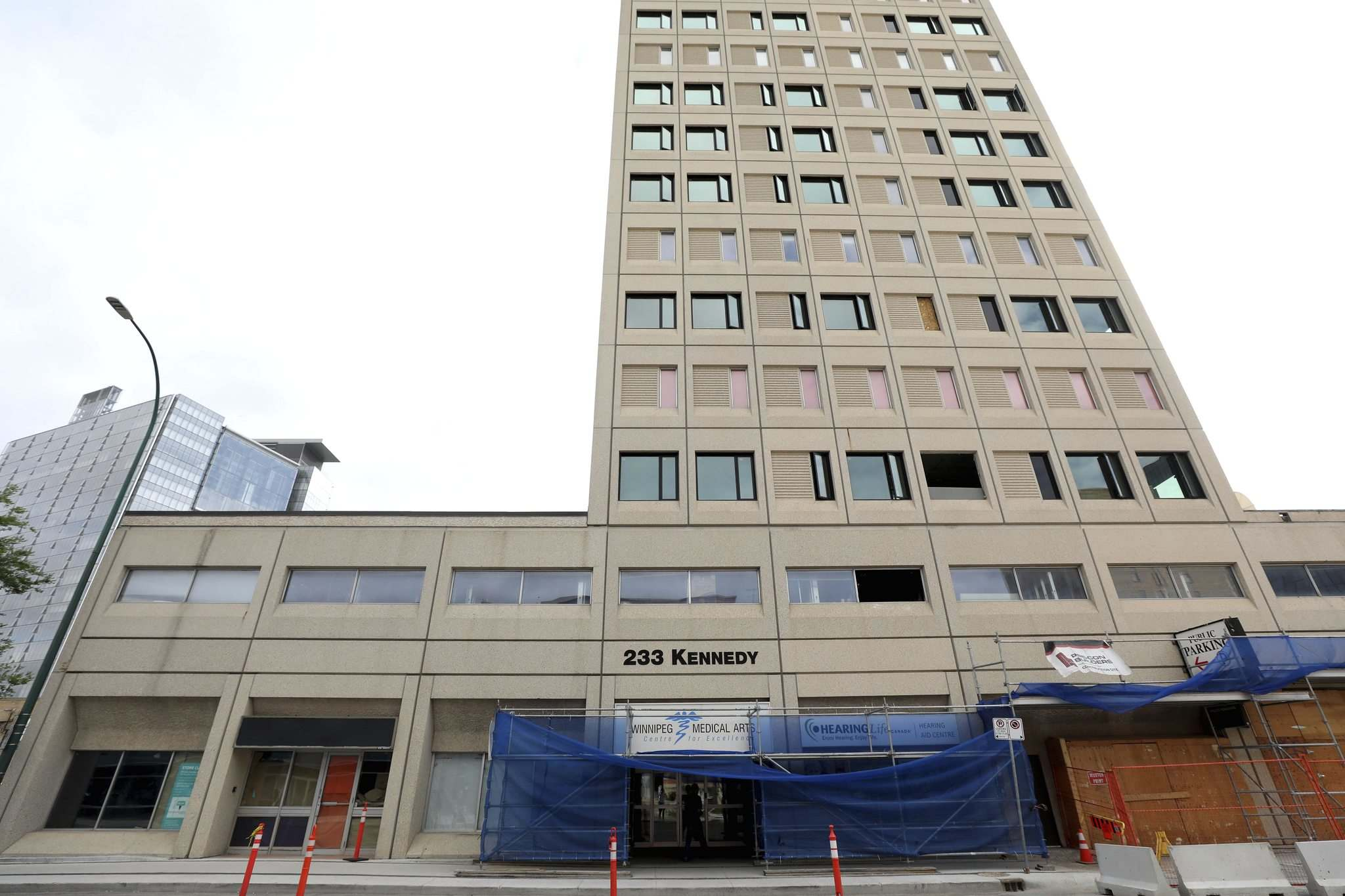 RUTH BONNEVILLE / WINNIPEG FREE PRESS</p><p>The Medical Arts Building was purchased by Manitoba Liquor and Lotteries in 2015. After the Tories were elected in 2016, the building was sold to a Toronto company.</p>