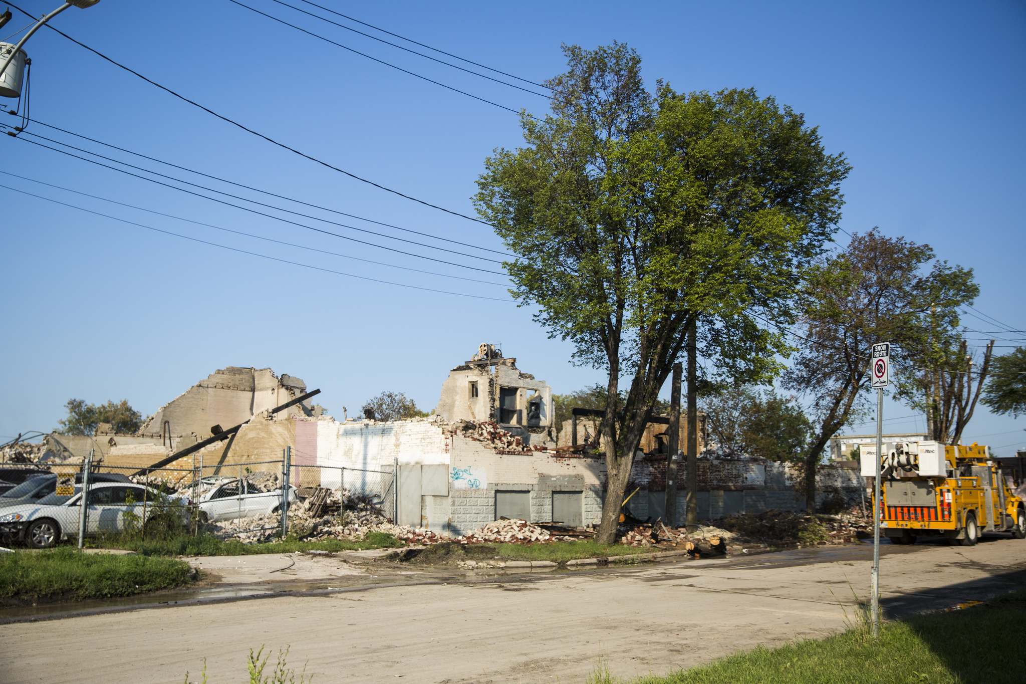 MIKAELA MACKENZIE / WINNIPEG FREE PRESS FILES</p><p>The more than two dozen artists and musicians devastated by a massive Jarvis Avenue warehouse fire have found a new home in an eight-storey building on Annabella Street in Point Douglas.</p>