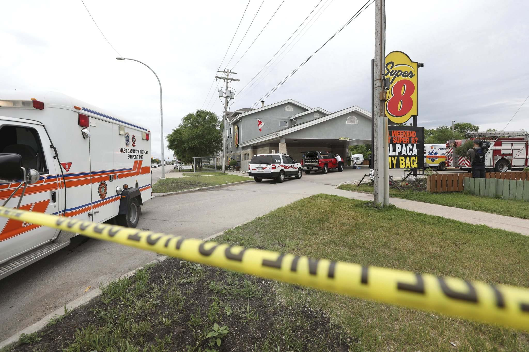 When emergeny crews entered the Super 8 hotel at 3760 Portage Ave. on July 9 responding to a carbon monoxide leak, they also found fire code breaches. (Ruth Bonneville / Free Press files)</p>