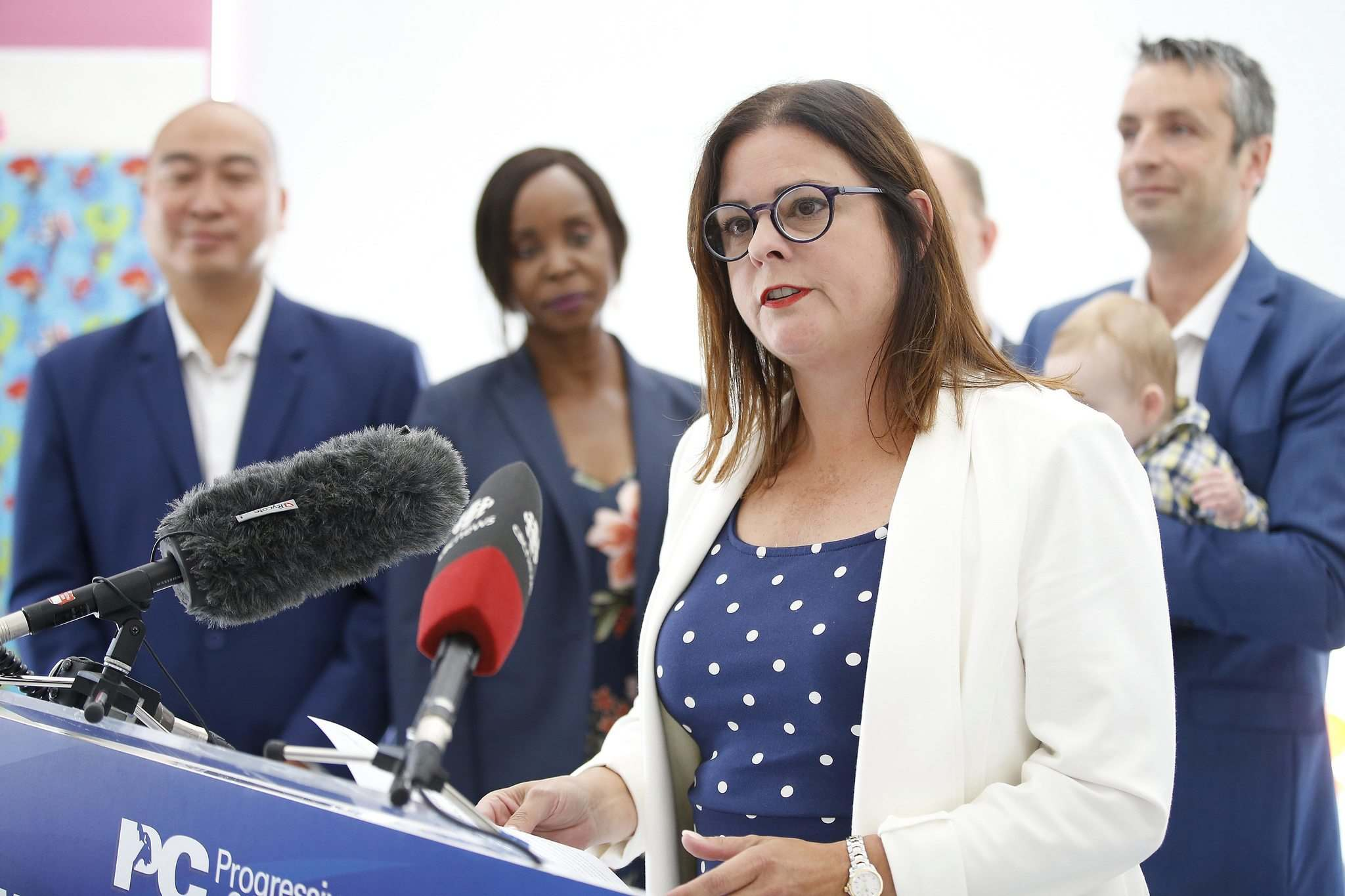 Heather Stefanson, PC candidate for Tuxedo, speaks at a press conference at a daycare centre in south Winnipeg Sunday. (John Woods / Winnipeg Free Press)</p>