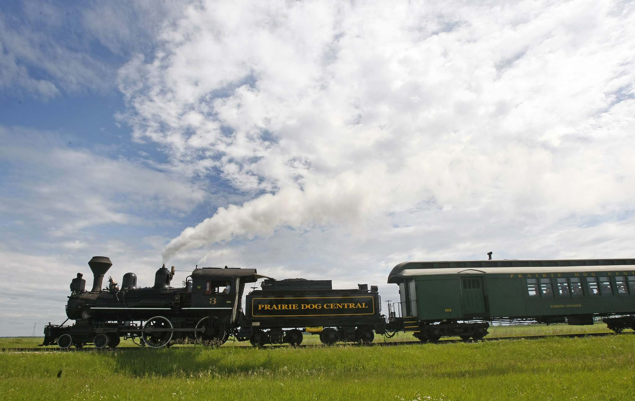 JOE BRYKSA / WINNIPEG FREE PRESS FILES</p><p>The Prairie Dog Central, an 1882 vintage steam engine, features a different program every day this weekend.</p></p>