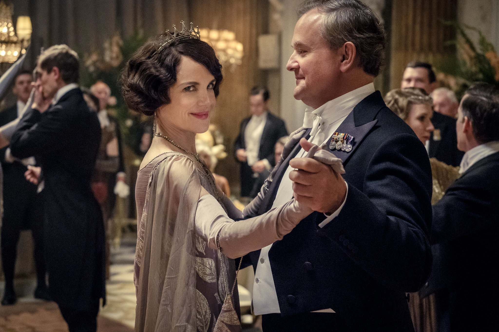 Elizabeth McGovern as Lady Grantham, and Hugh Bonneville, as Lord Grantham, star in Downton Abbey. (Jaap Buitendijk / Focus Features)