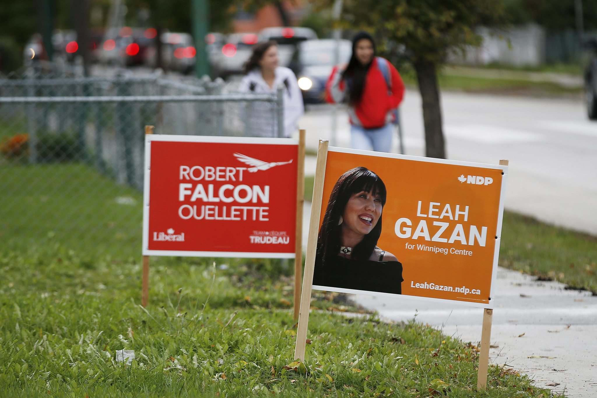 JOHN WOODS / WINNIPEG FREE PRESS</p><p>Liberal candidate Robert-Falcon Ouellette and NDP candidate Leah Gazan are the front-runners in the Winnipeg Centre riding.</p>