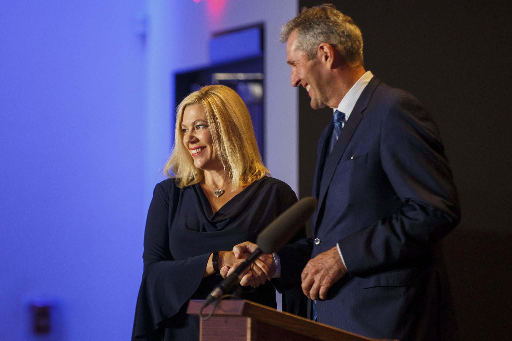 MIKE DEAL / WINNIPEG FREE PRESS</p><p>Rochelle Squires (MLA for Riel) is sworn in by Manitoba Premier Brian Pallister as the new minister for the Department of Municipal Relations, and minister responsible for Francophone Affairs.</p>