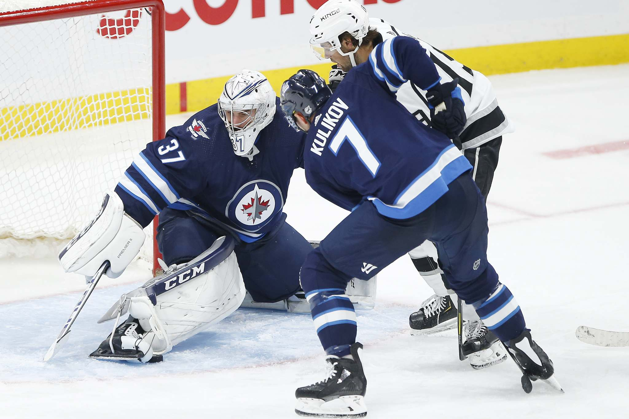 Last season, Connor Hellebuyck faced more difficult shots more often, and the easy shots that boost save percentage went down. (John Woods / Winnipeg Free Press files)
