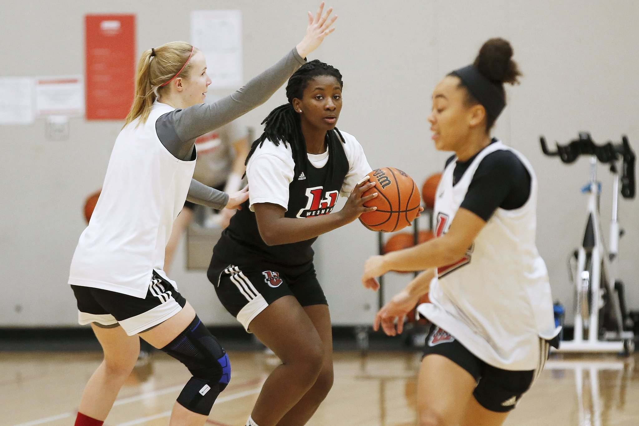 """I'm low-key in real life, but on the court I'm completely different,"" Faith Hezekiah says. (John Woods / Winnipeg Free Press)"