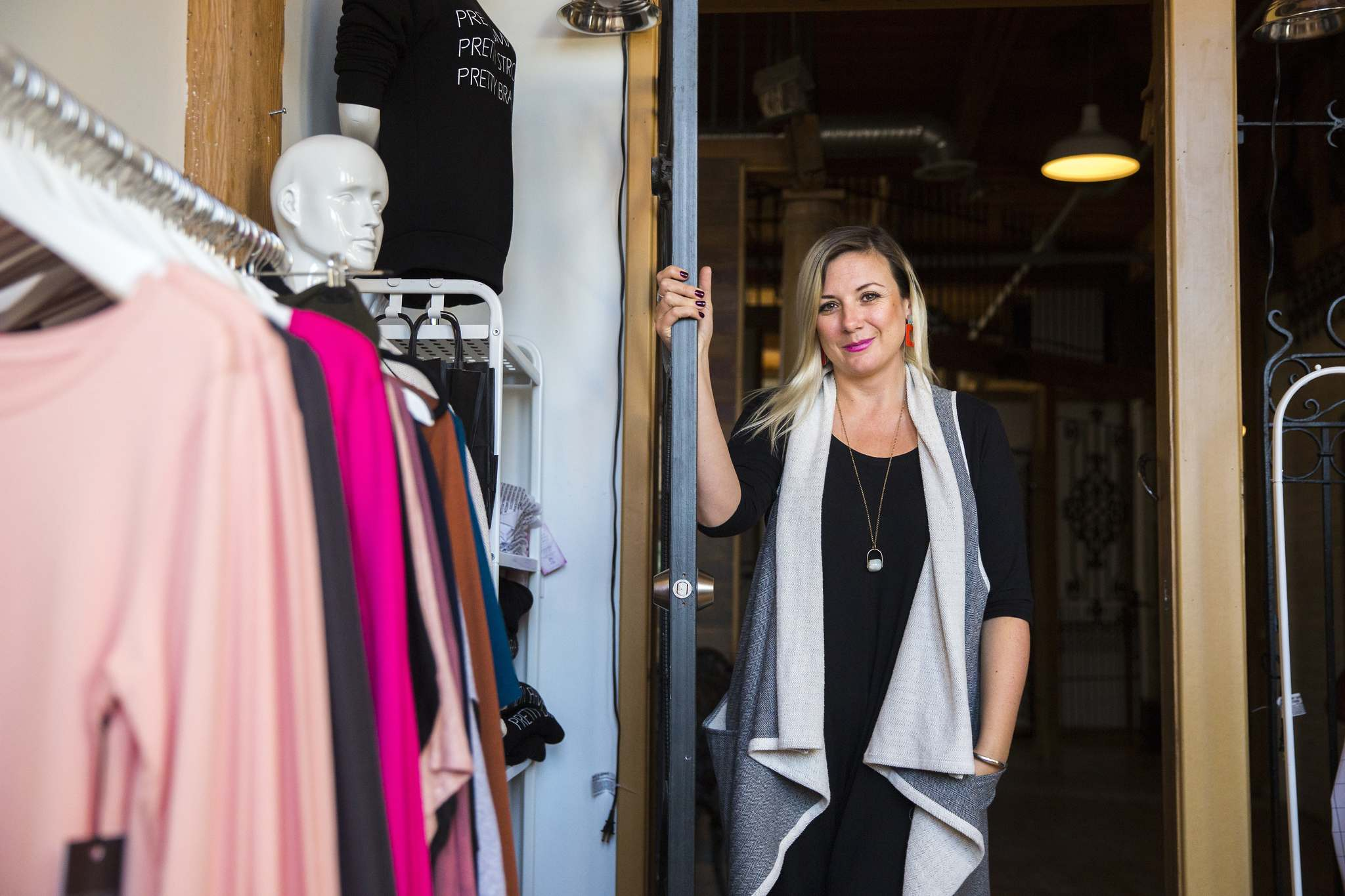MIKAELA MACKENZIE / WINNIPEG FREE PRESS</p><p>Fashion designer Sarah Sue MacLachlan has a small showroom on the main floor of Artlington Studios.</p>