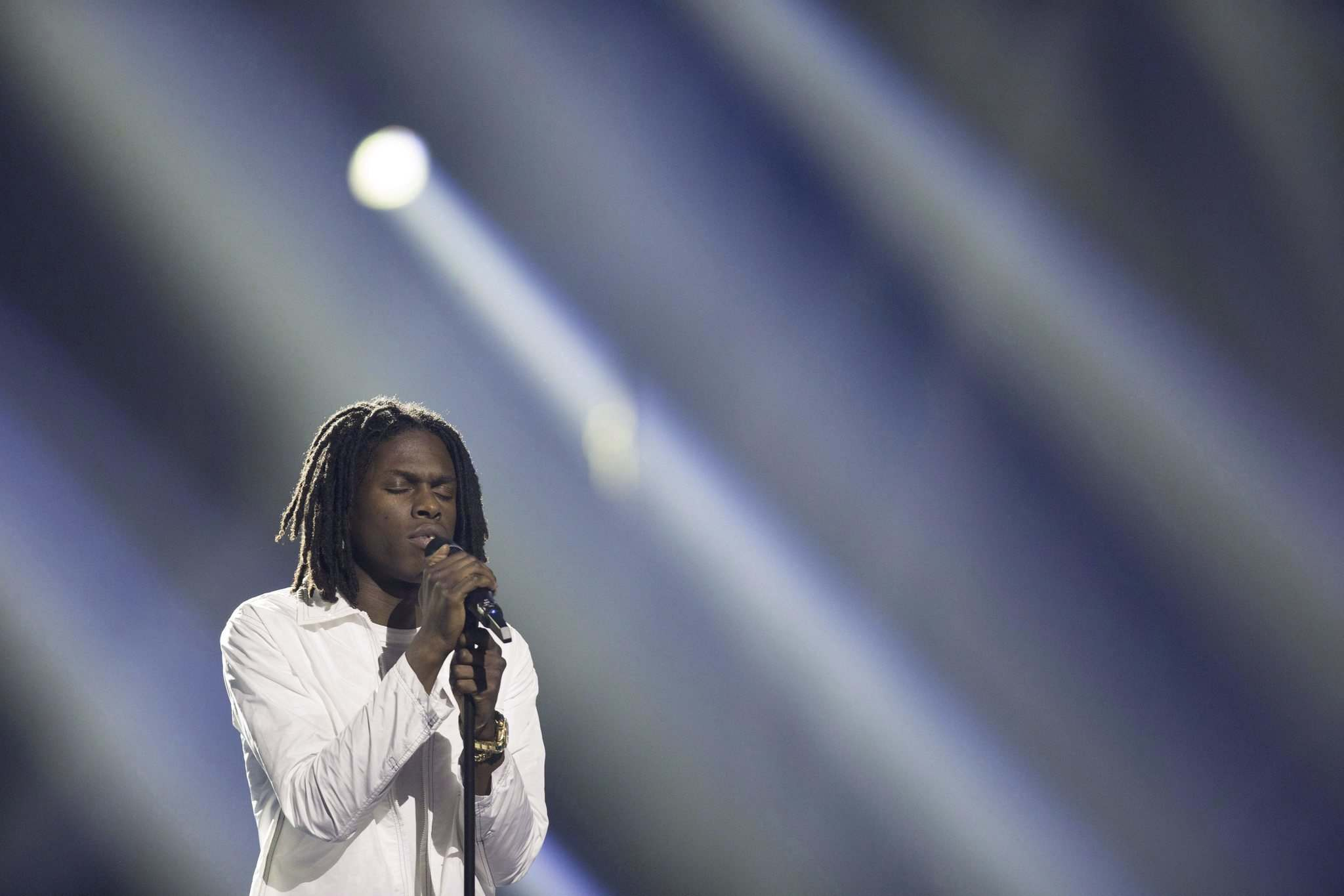 Darryl Dyck / The Canadian Press files</p><p>Daniel Caesar will perform at Bell MTS Place on Wednesday, Nov. 20.</p></p>