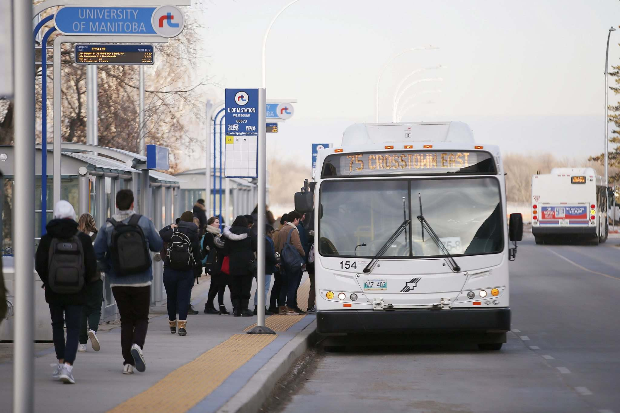 JOHN WOODS / WINNIPEG FREE PRESS FILES</p><p>Winnipeg Transit is facing a $12.8-million cut to its capital budget in 2020, meaning it will cut staff positions and reduce operating hours.</p>