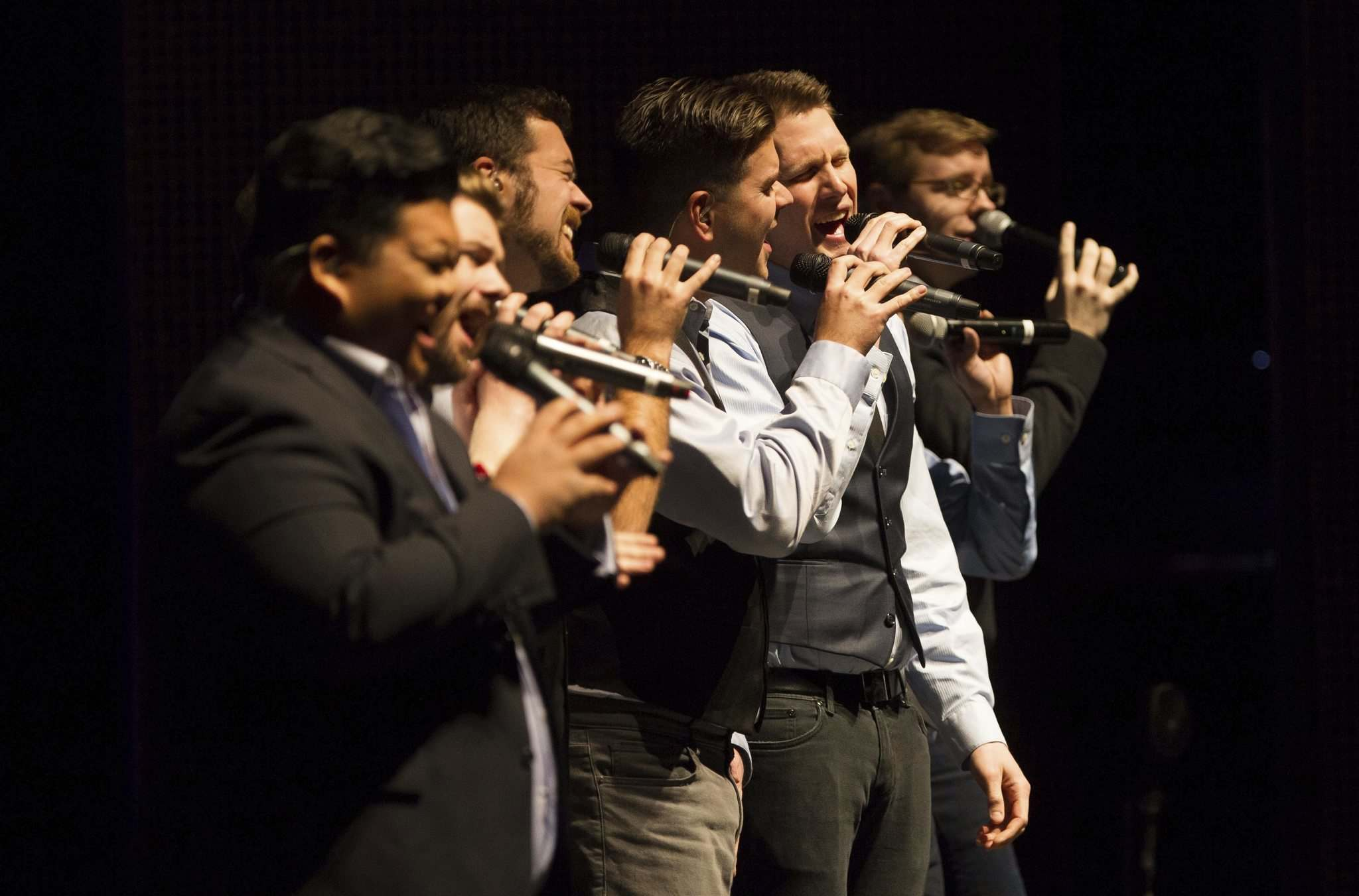 A capella group Those Guys perform three Christmas shows on Dec. 7 and 8. (John Woods / Winnipeg Free Press files)